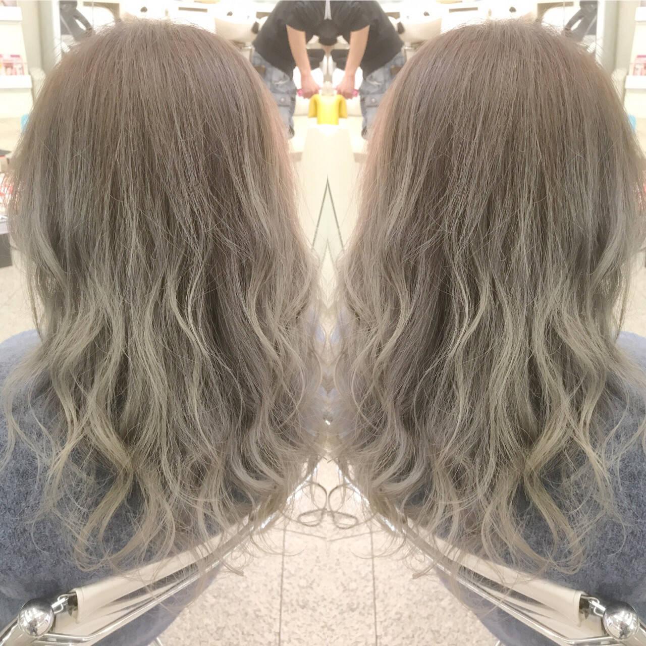 ロング グラデーションカラー エレガント 巻き髪ヘアスタイルや髪型の写真・画像