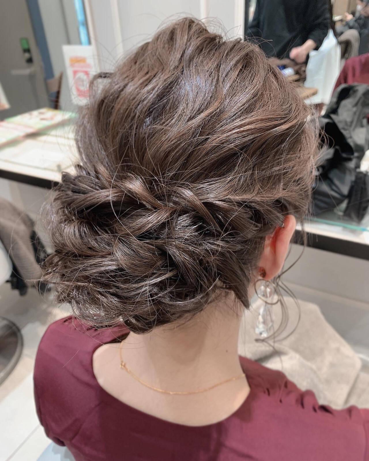 結婚式ヘアアレンジ シニヨン 二次会ヘア エレガントヘアスタイルや髪型の写真・画像