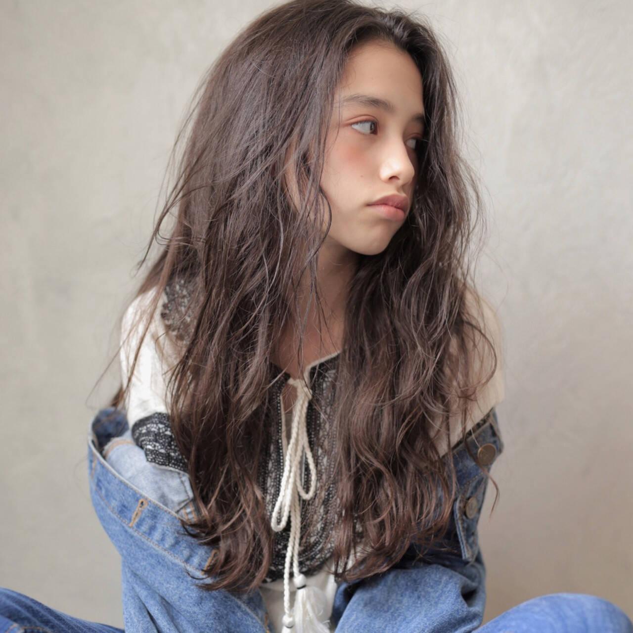 ゆるふわ アンニュイほつれヘア ロング ナチュラルヘアスタイルや髪型の写真・画像