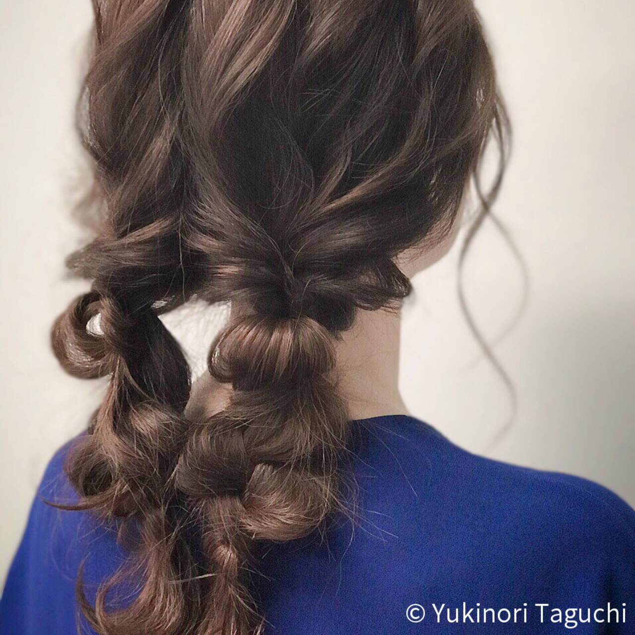 巻き髪 デート ヘアカラー セミロングヘアスタイルや髪型の写真・画像