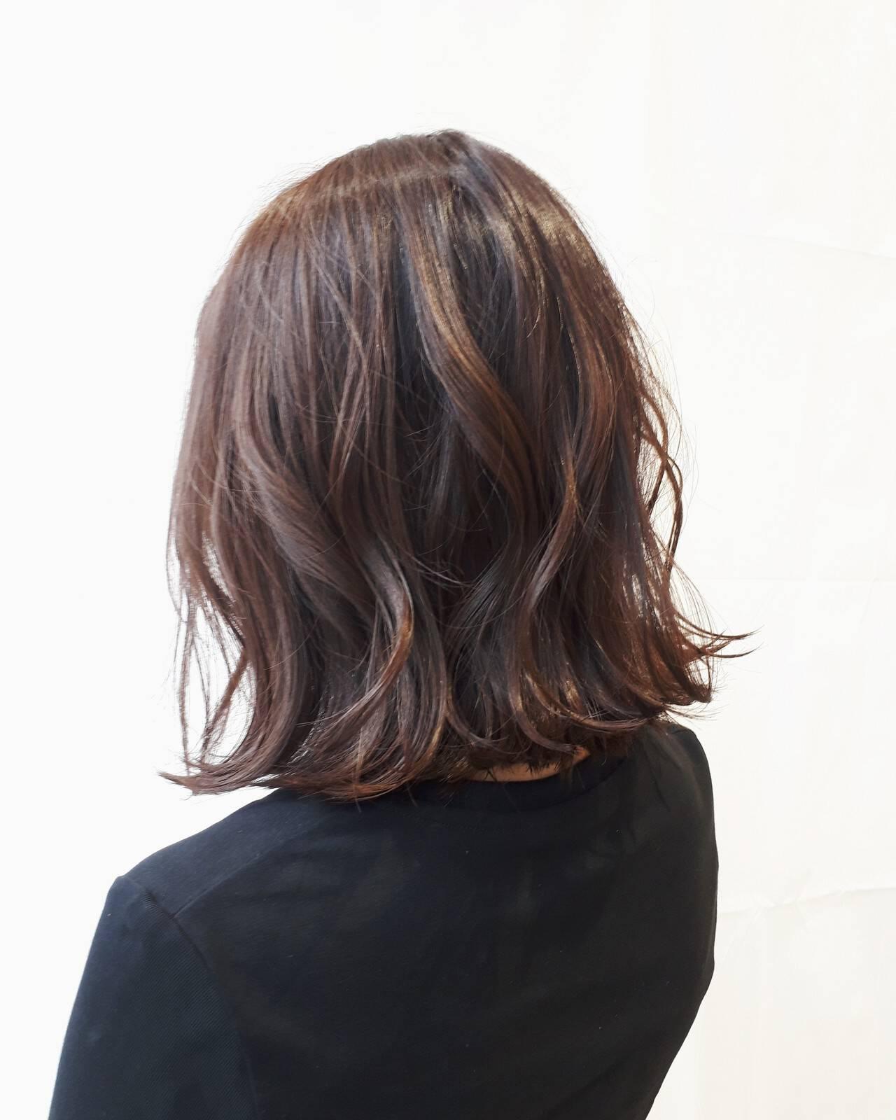 ガーリー 冬 秋 耳かけヘアスタイルや髪型の写真・画像