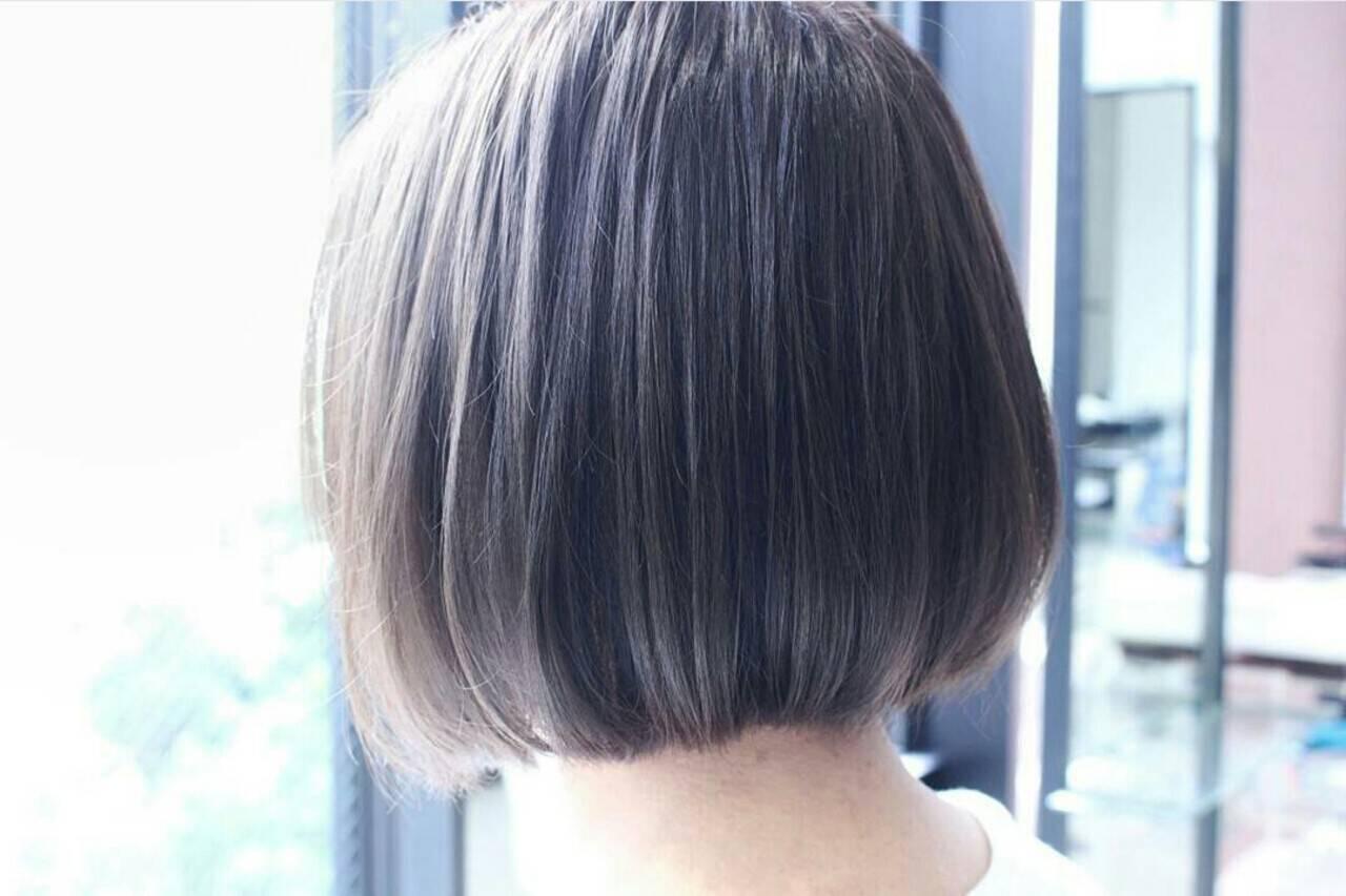 大人かわいい フェミニン ボブ 暗髪ヘアスタイルや髪型の写真・画像