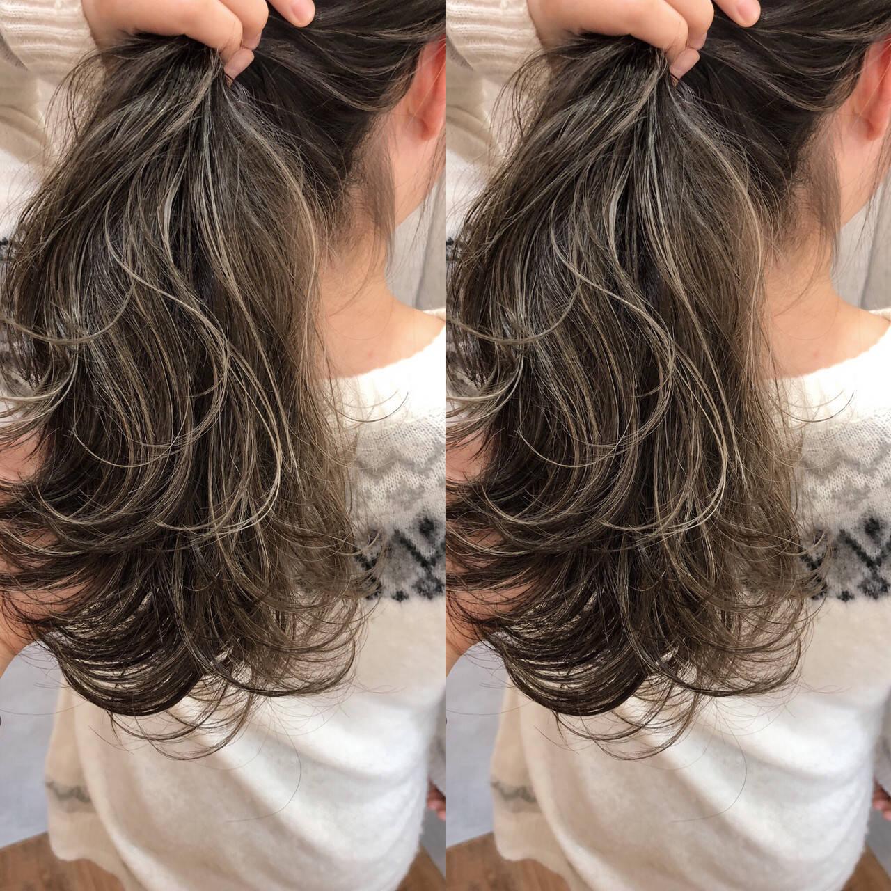 ロング 外国人風 ハイライト ナチュラルヘアスタイルや髪型の写真・画像