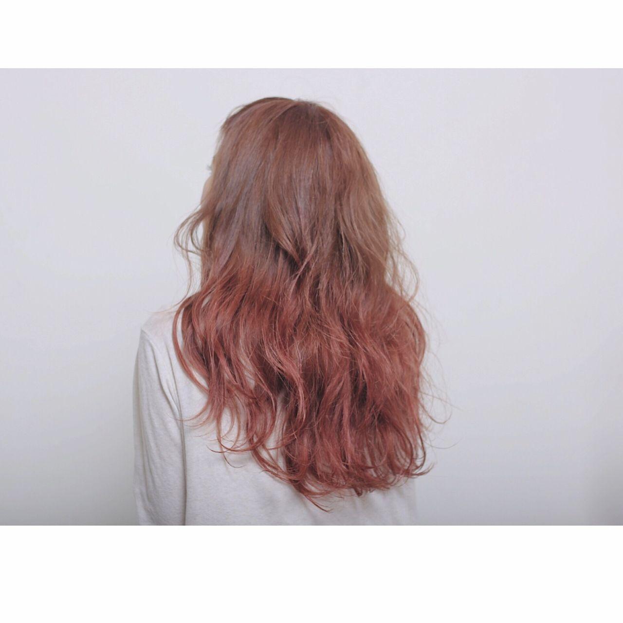 春 ピンク ストリート グラデーションカラーヘアスタイルや髪型の写真・画像