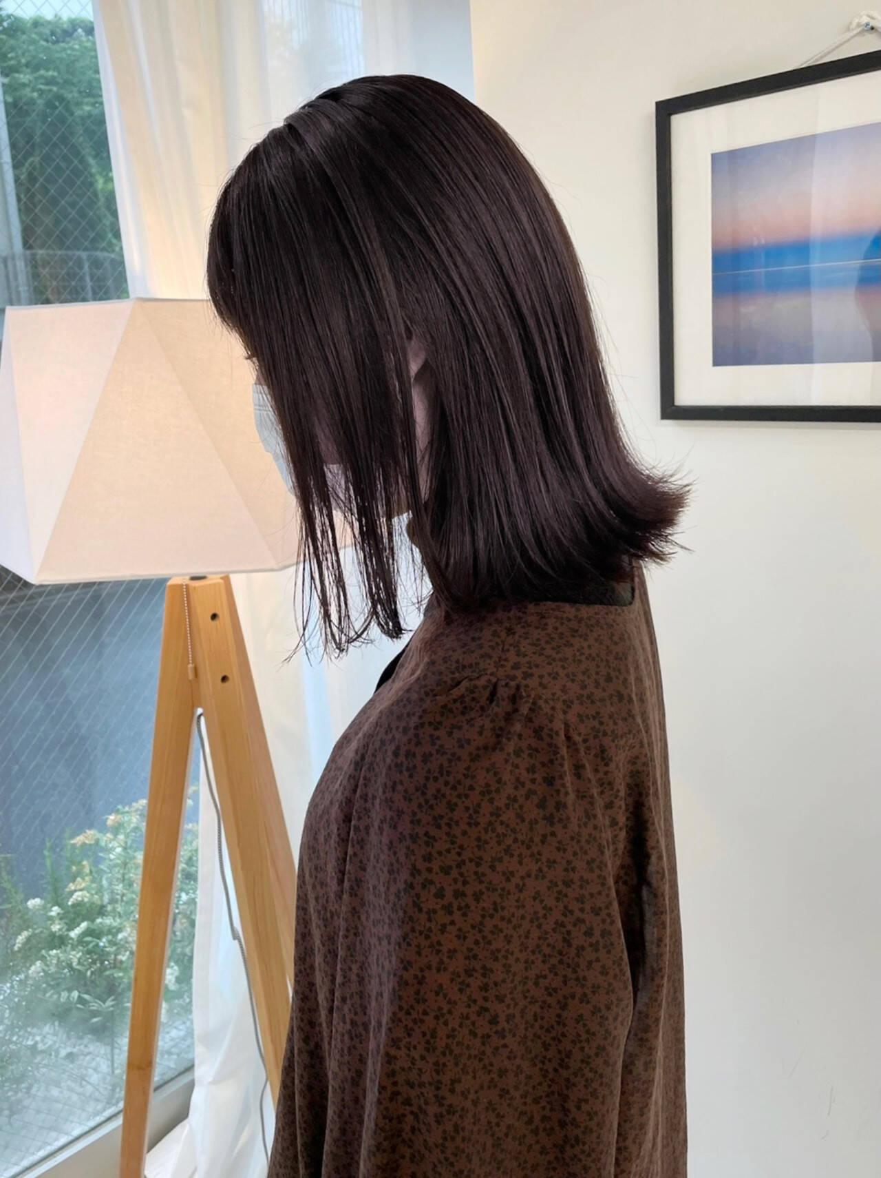 切りっぱなしボブ ミニボブ ショートボブ ナチュラルヘアスタイルや髪型の写真・画像