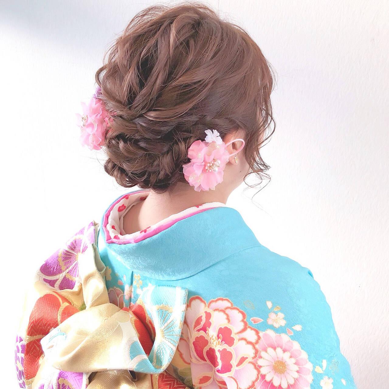 ヘアアレンジ フェミニン 成人式ヘア ミディアムヘアスタイルや髪型の写真・画像