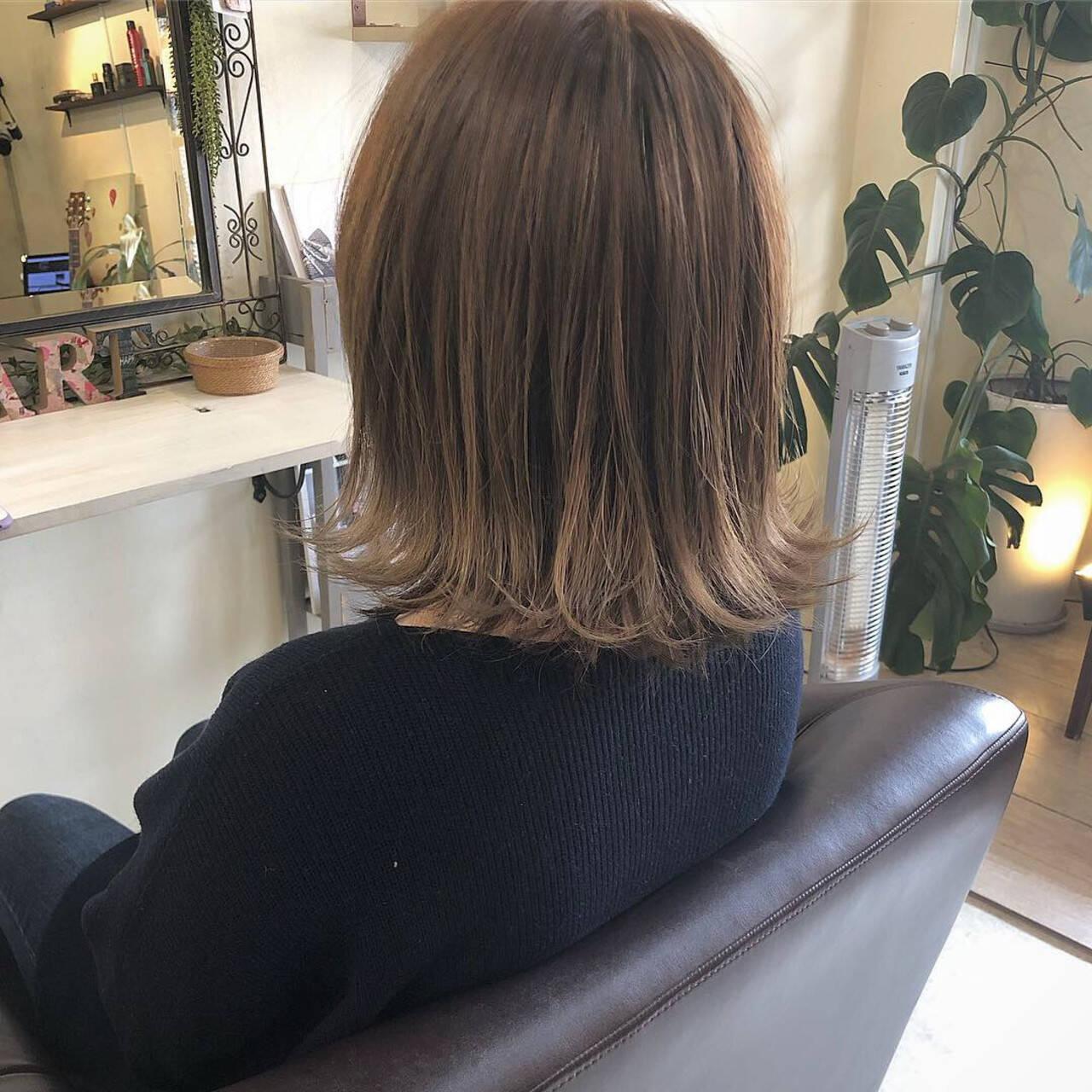 切りっぱなし 外ハネボブ 切りっぱなしボブ 簡単ヘアアレンジヘアスタイルや髪型の写真・画像