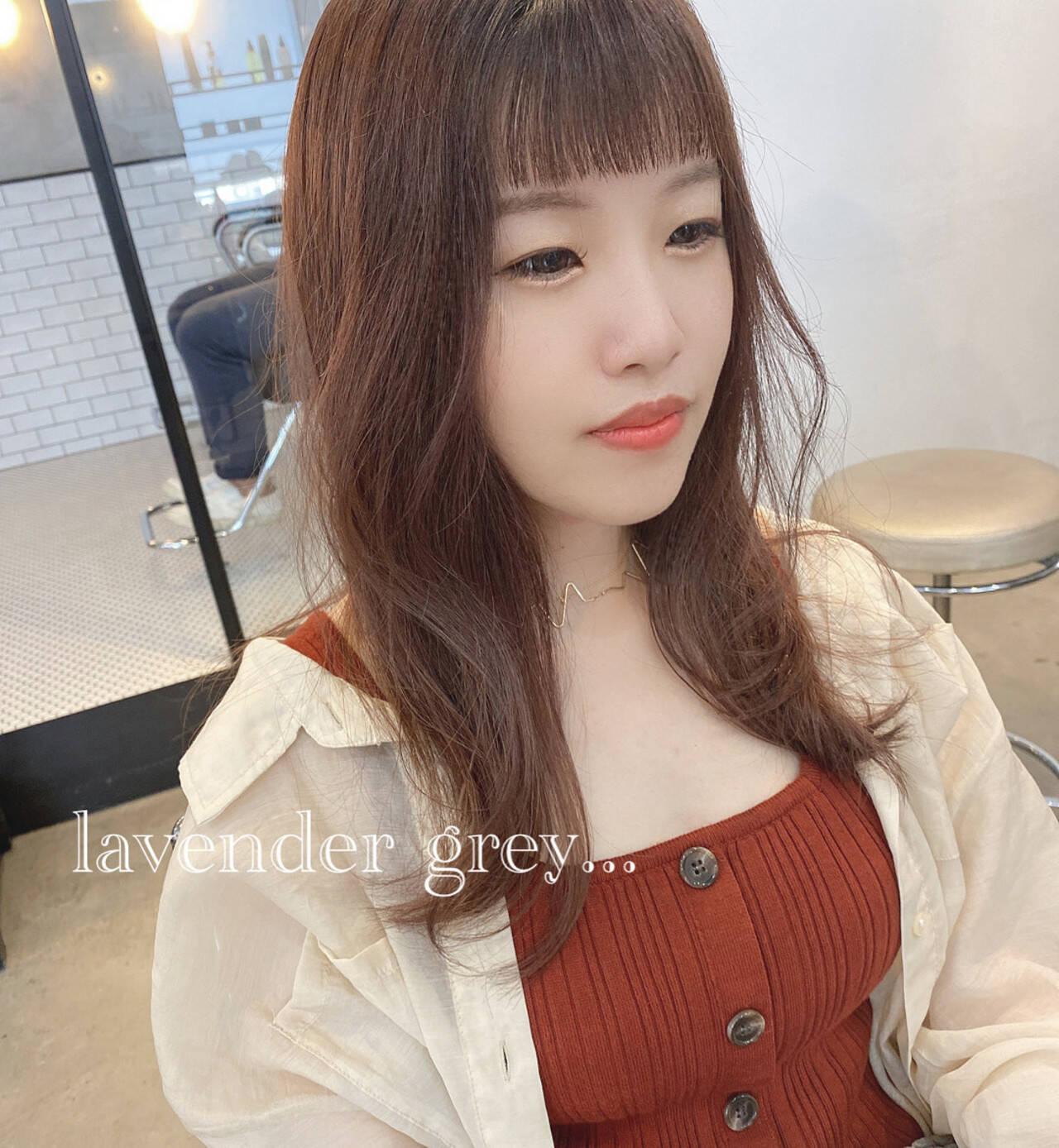 ミルクティーベージュ ラベンダーグレージュ セミロング ピンクブラウンヘアスタイルや髪型の写真・画像