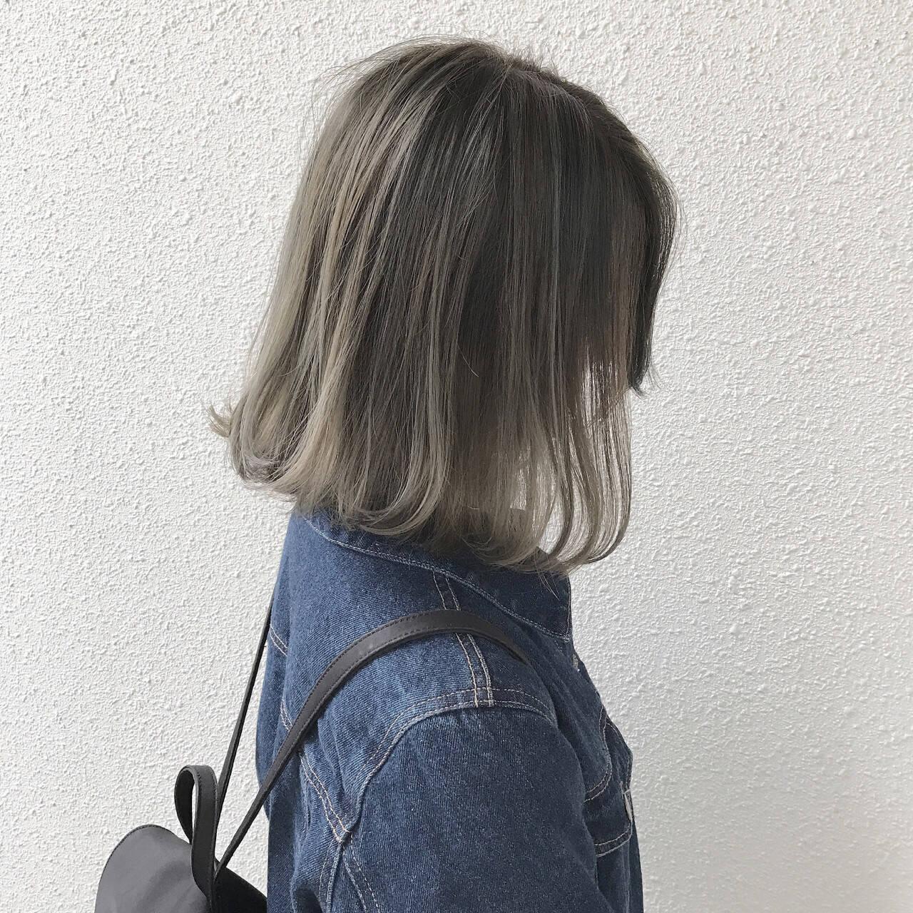 ストリート アッシュベージュ ハイライト アッシュグレージュヘアスタイルや髪型の写真・画像