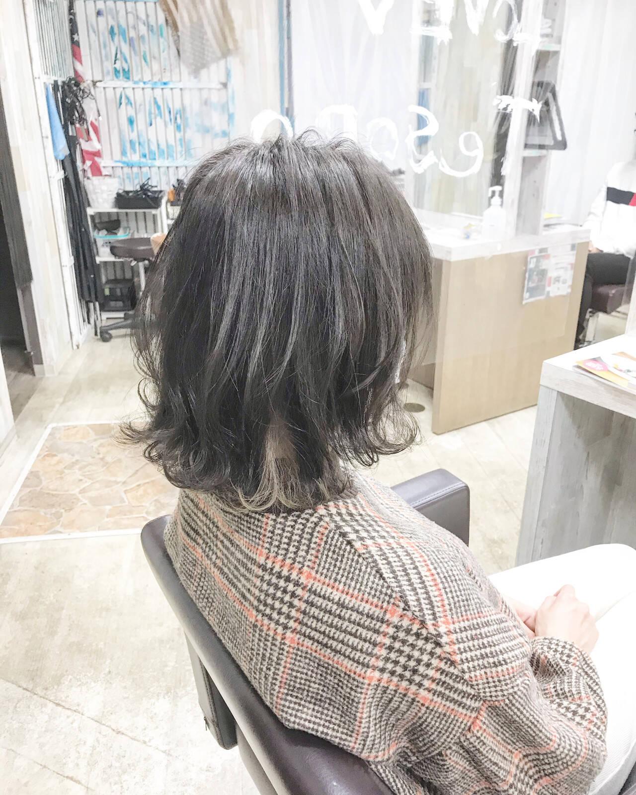 ナチュラル ボブ #インナーカラー ブリーチカラーヘアスタイルや髪型の写真・画像