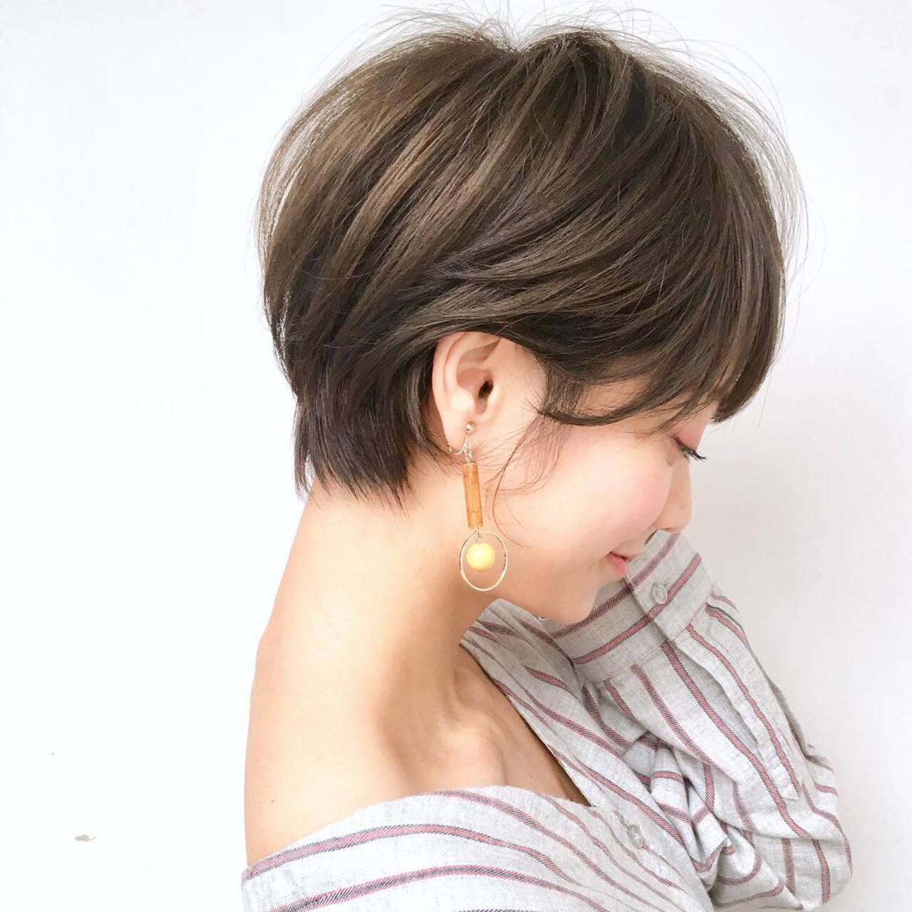 アンニュイほつれヘア スポーツ オフィス ショートヘアスタイルや髪型の写真・画像