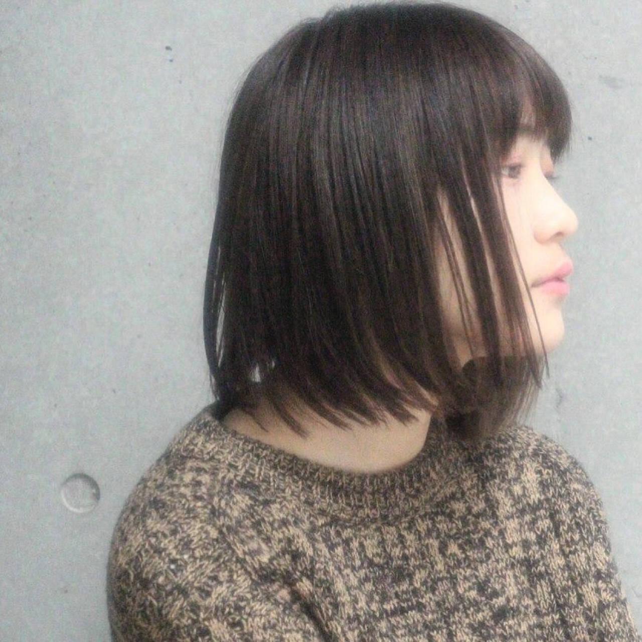 ボブ 大人女子 色気 暗髪ヘアスタイルや髪型の写真・画像
