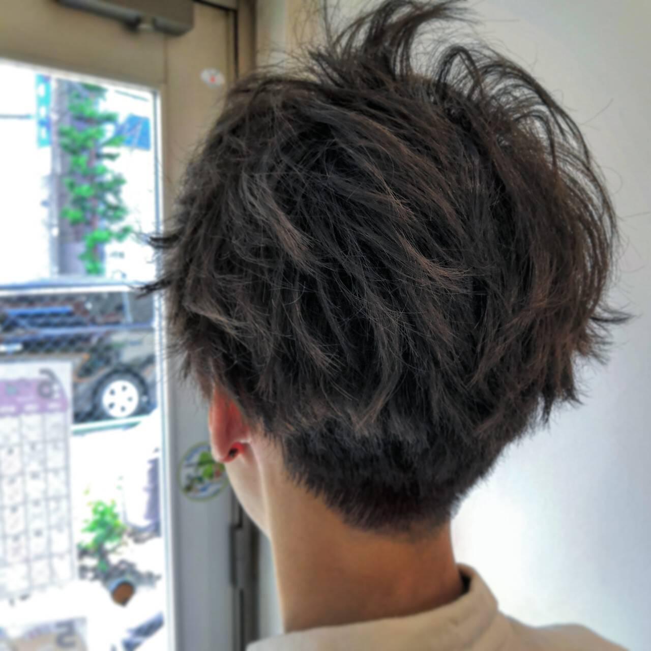 ショート ツーブロック アッシュグレージュ 外国人風カラーヘアスタイルや髪型の写真・画像