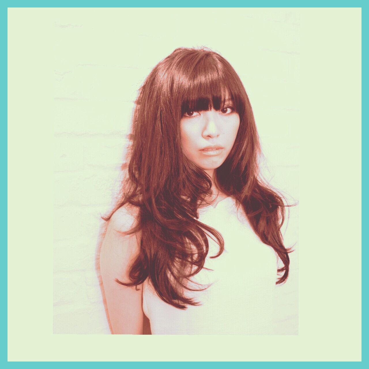 コンサバ 前髪あり パーマ 黒髪ヘアスタイルや髪型の写真・画像
