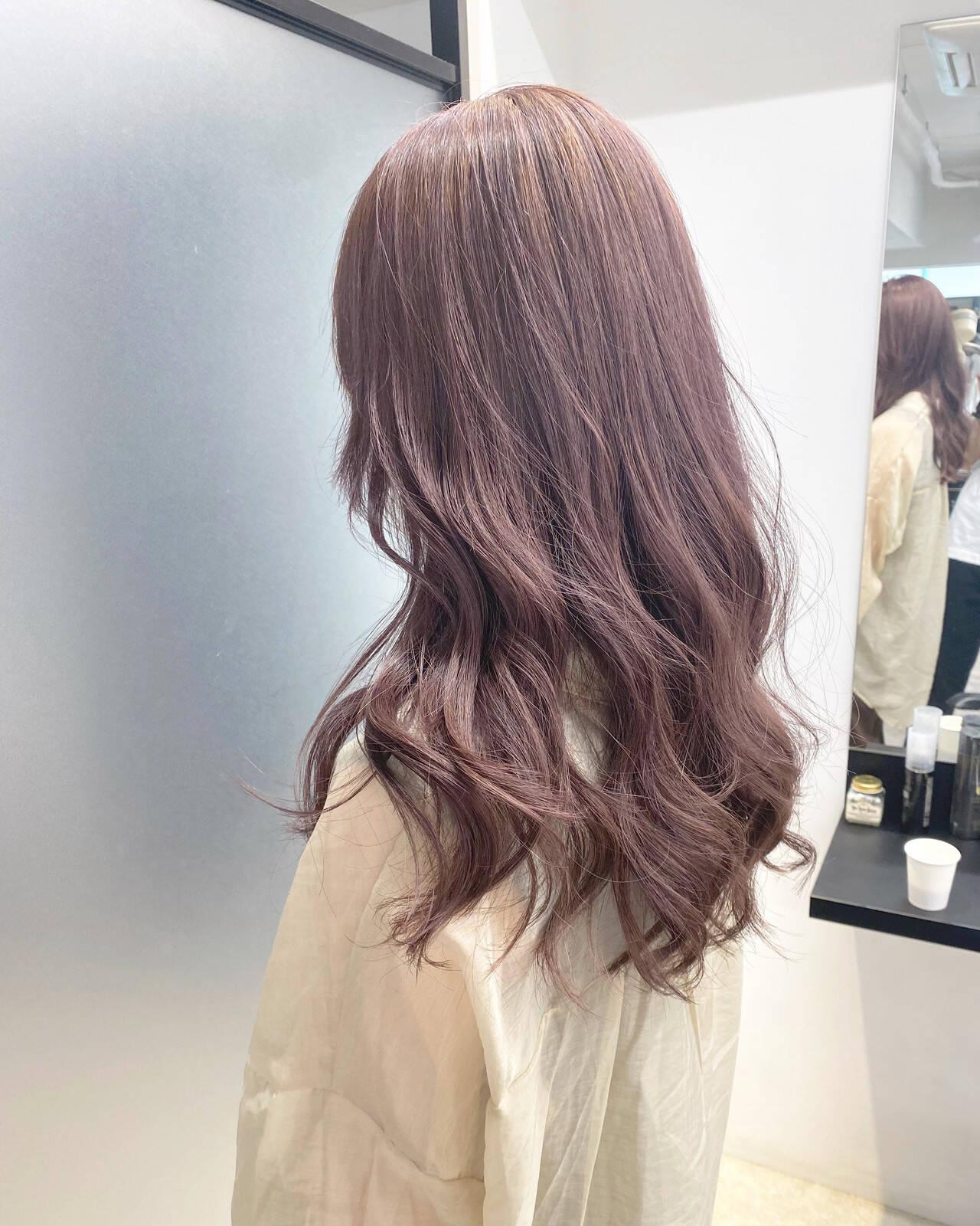 ダブルカラー インナーカラー ロング ピンクアッシュヘアスタイルや髪型の写真・画像