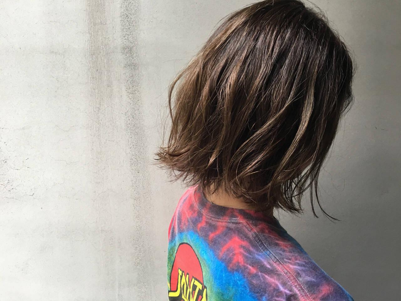 外国人風 ストリート ハイライト 外ハネヘアスタイルや髪型の写真・画像