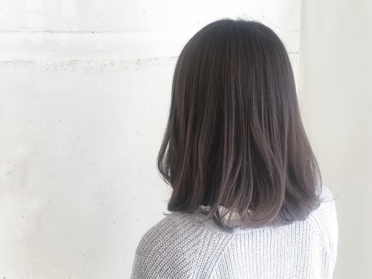 ミディアム ナチュラル 暗髪 冬ヘアスタイルや髪型の写真・画像