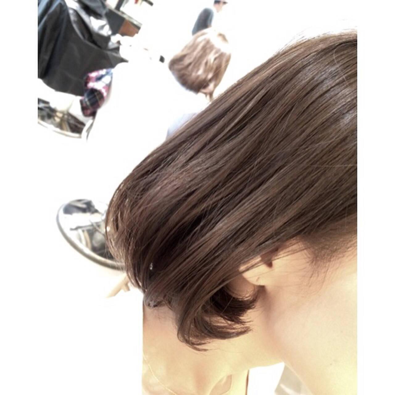 アッシュ 色気 ハイライト 外国人風ヘアスタイルや髪型の写真・画像
