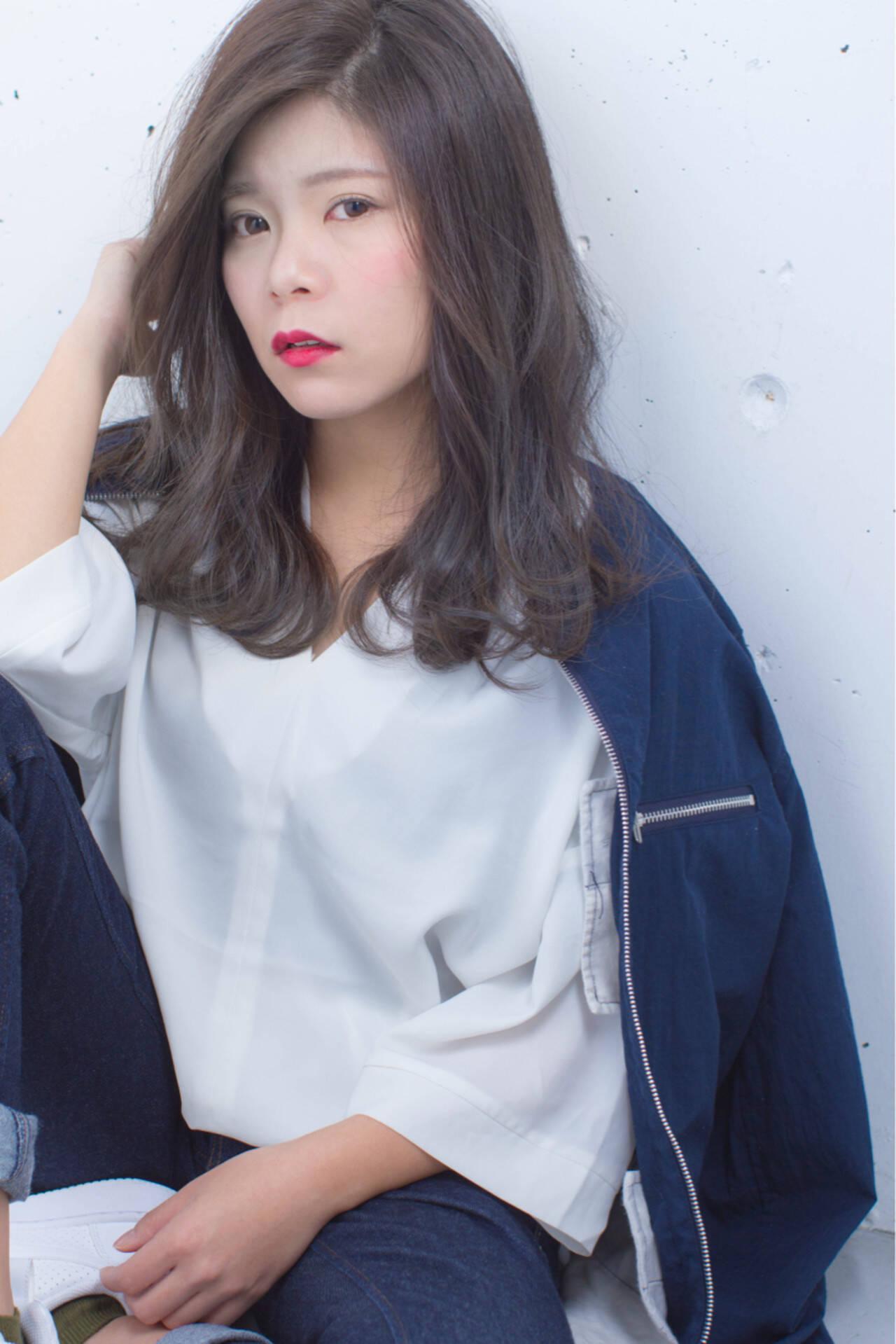 外国人風 ニュアンス ハイライト ストリートヘアスタイルや髪型の写真・画像
