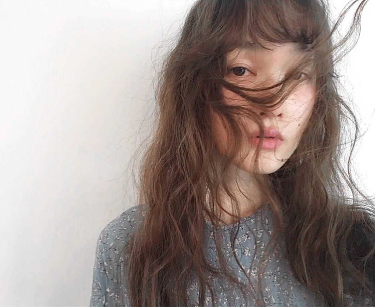 黒髪 オン眉 セミロング ロングヘアスタイルや髪型の写真・画像