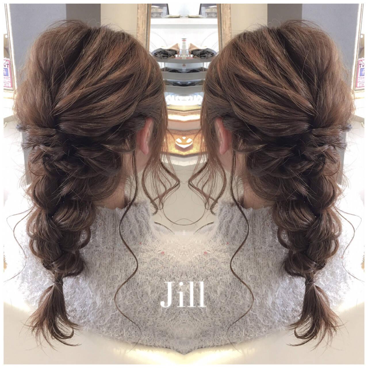 ヘアアレンジ フェミニン セミロング 編み込みヘアスタイルや髪型の写真・画像