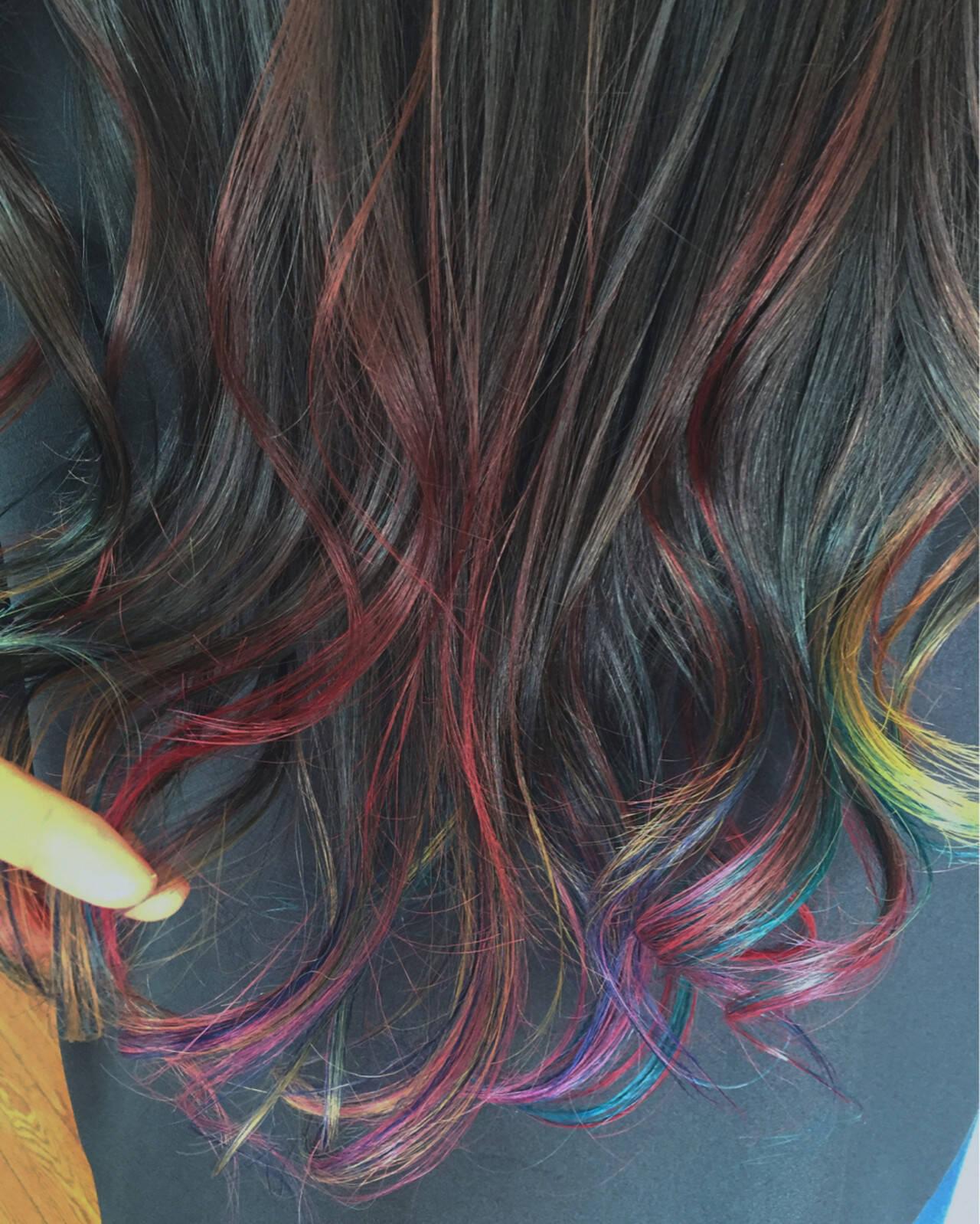 ストリート カラフルカラー ロング ハイライトヘアスタイルや髪型の写真・画像