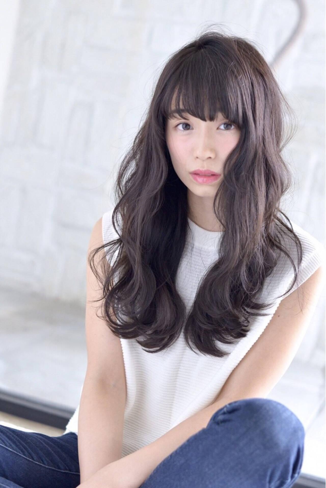 ダークアッシュ 清楚 ロング 大人女子ヘアスタイルや髪型の写真・画像