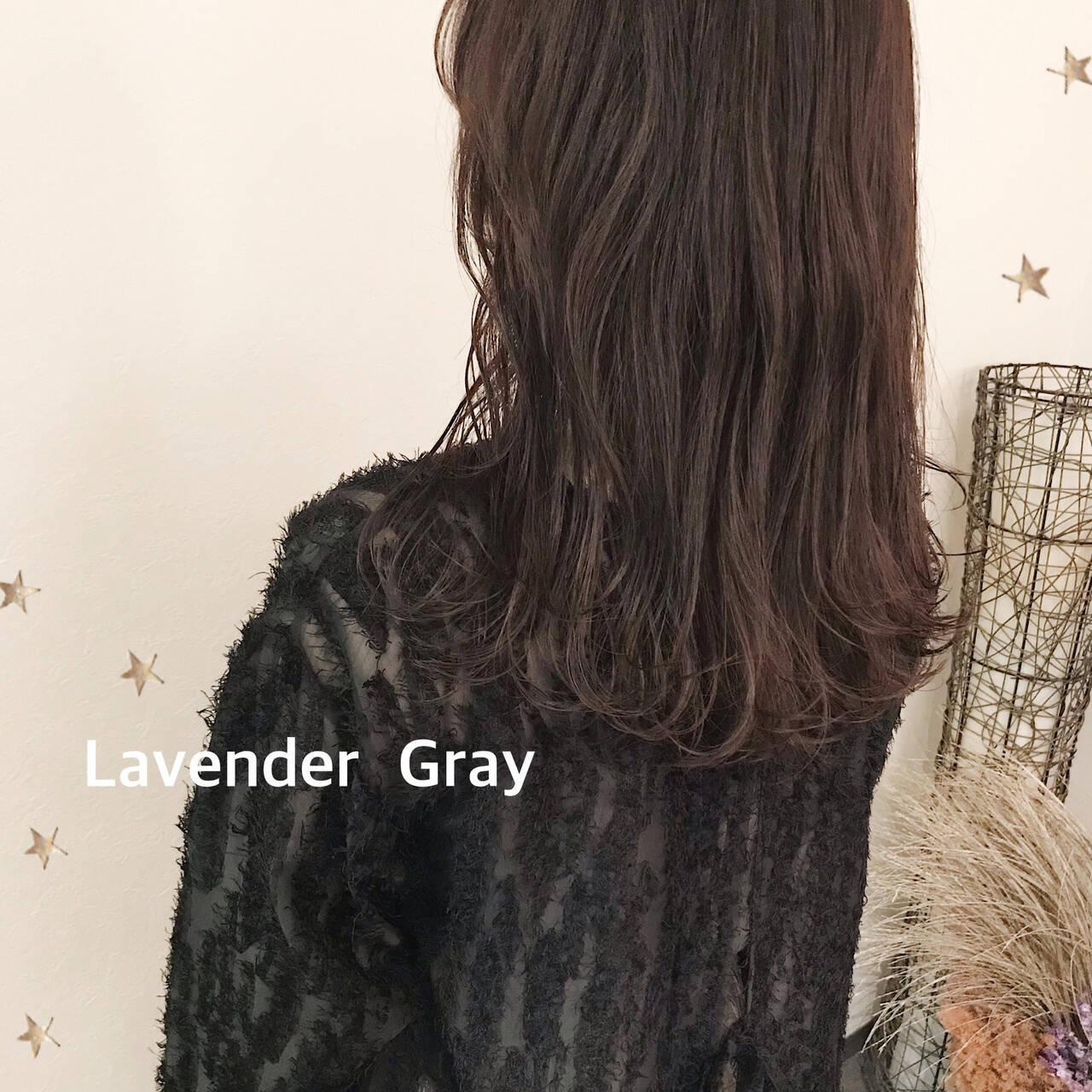 ラベンダーグレー 大人かわいい セミロング 大人可愛いヘアスタイルや髪型の写真・画像