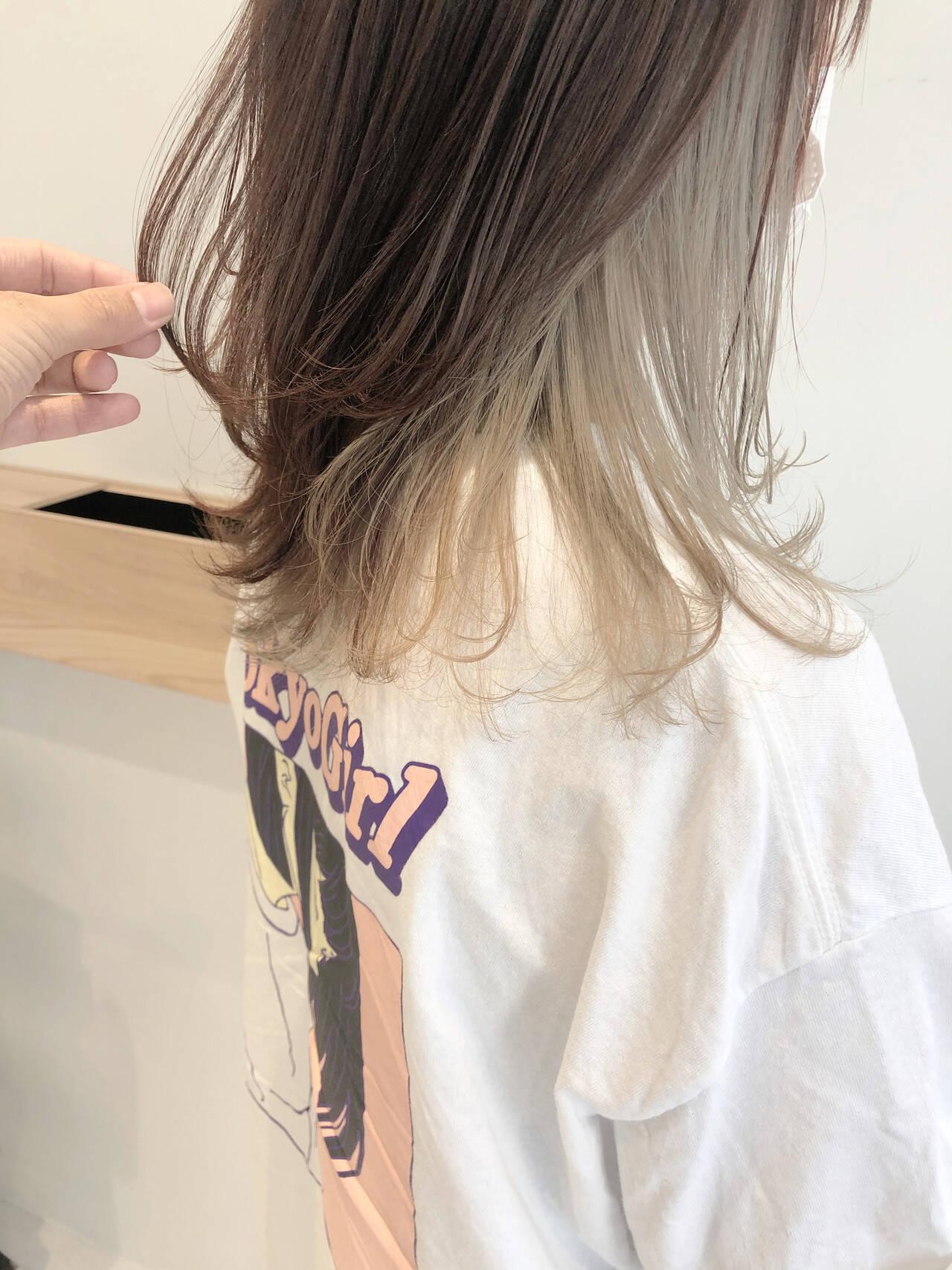 極細ハイライト セミロング ハイライト インナーカラーヘアスタイルや髪型の写真・画像