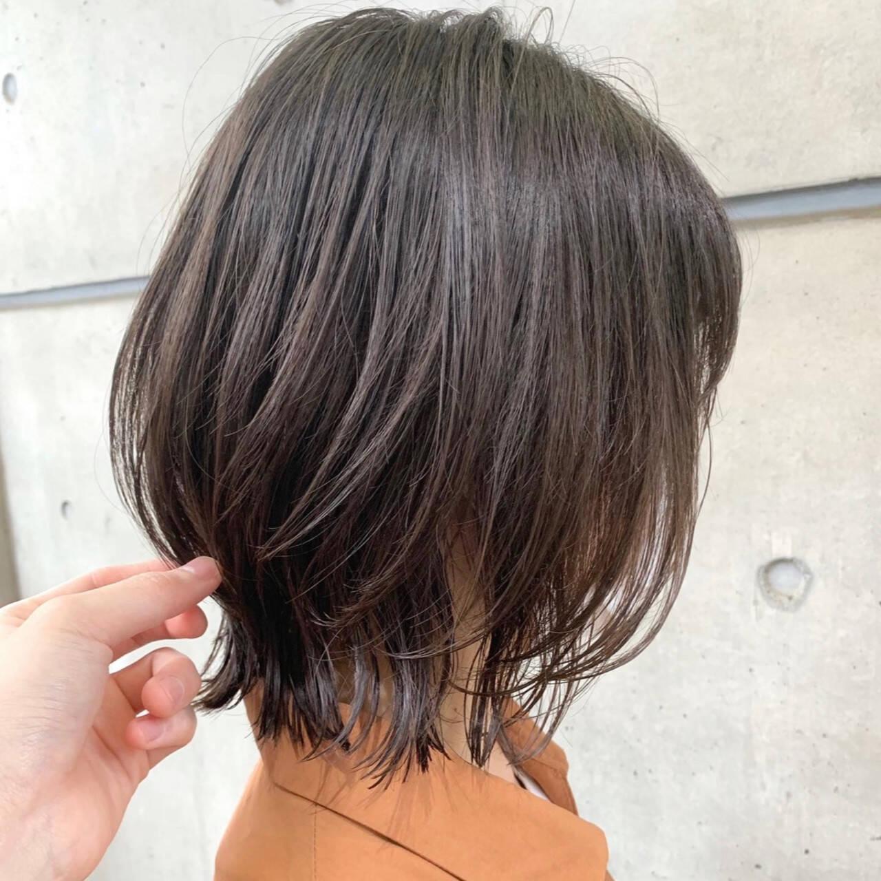 ボブウルフ ボブ ウルフカット ナチュラルヘアスタイルや髪型の写真・画像