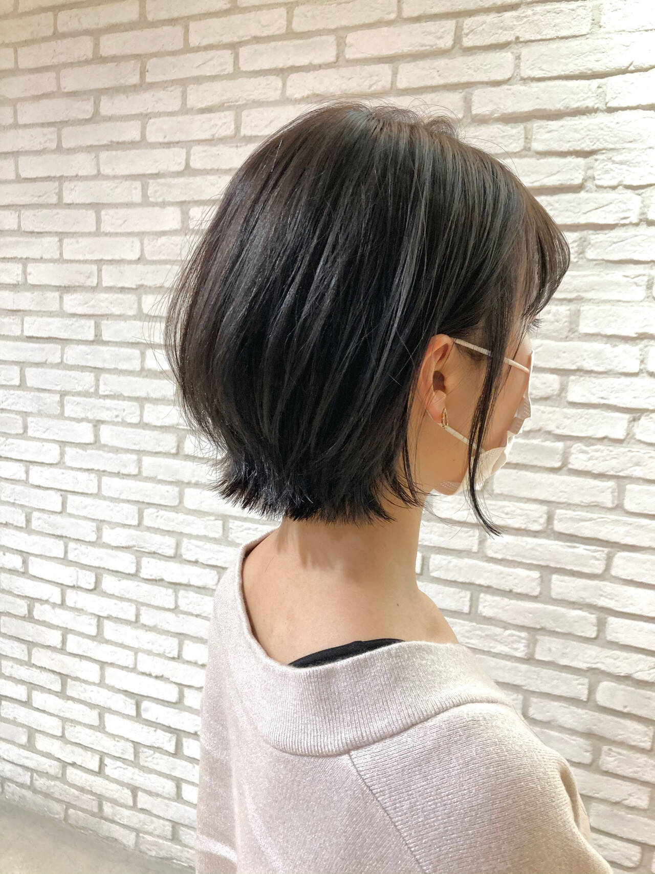 大人ミディアム ひし形シルエット 透明感 外国人風ヘアスタイルや髪型の写真・画像