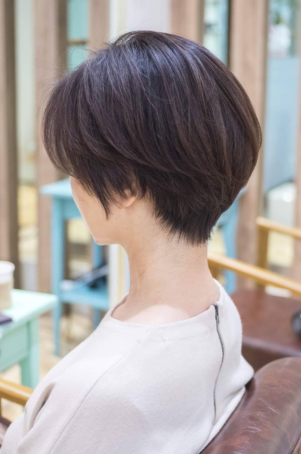 前下がり ナチュラル ショートボブ 大人かわいいヘアスタイルや髪型の写真・画像