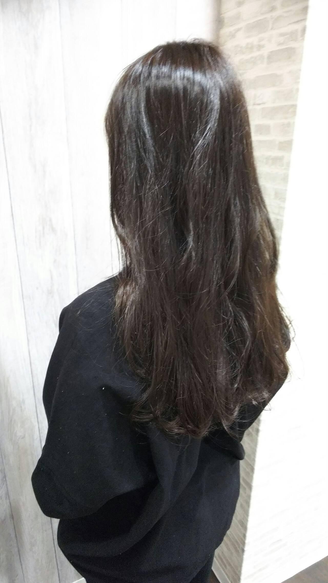 大人ヘアスタイル ロング フェミニン オフィスヘアスタイルや髪型の写真・画像