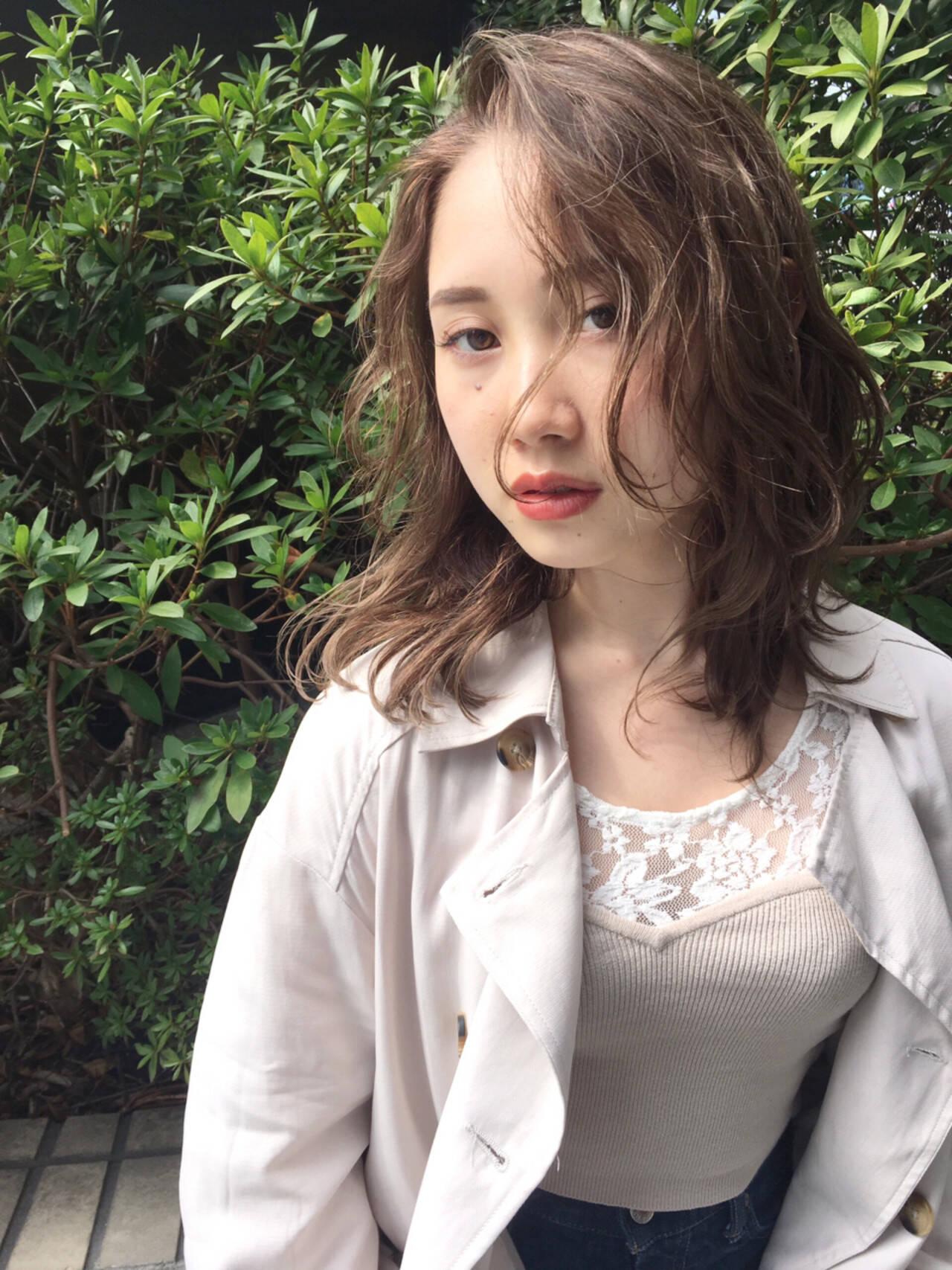 おフェロ アンニュイ 透明感 外国人風ヘアスタイルや髪型の写真・画像