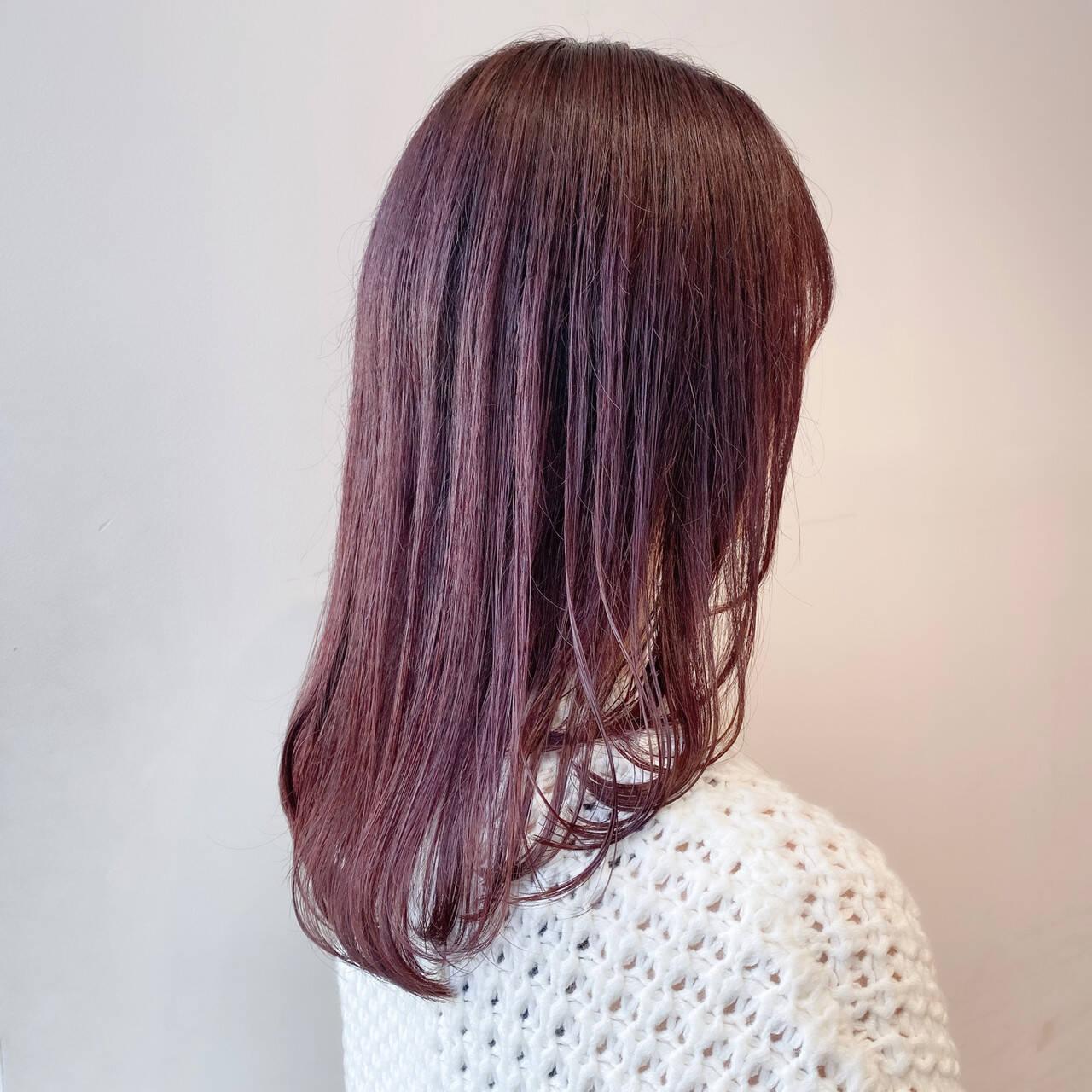 ピンクブラウン セミロング ナチュラル ベリーピンクヘアスタイルや髪型の写真・画像