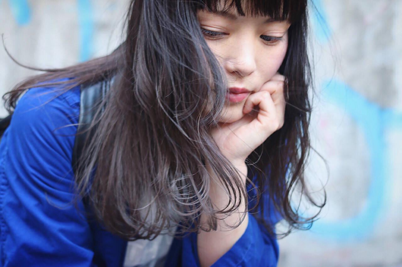セミロング ストリート ブルージュ グラデーションカラーヘアスタイルや髪型の写真・画像