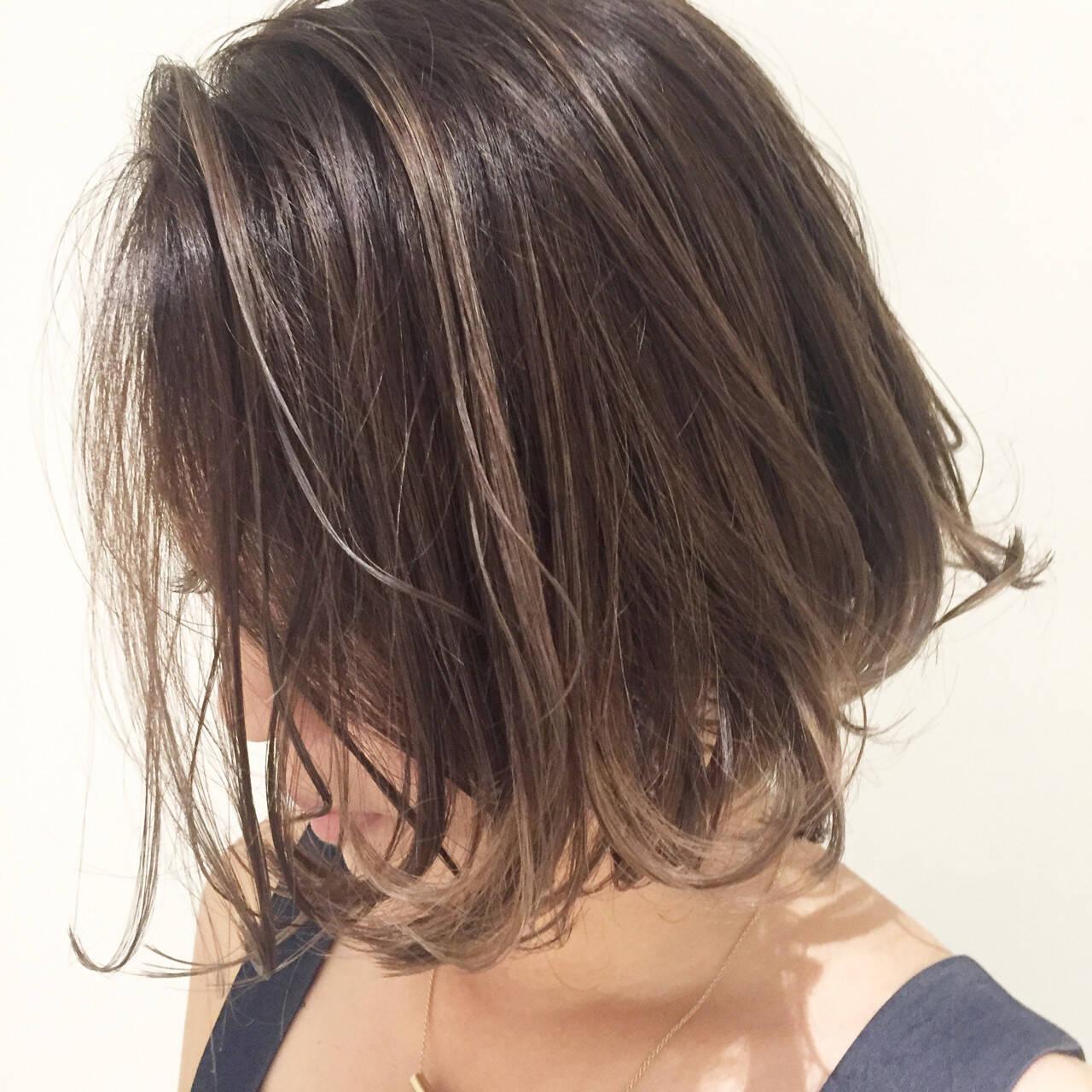 ボブ 外国人風カラー グレージュ ナチュラルヘアスタイルや髪型の写真・画像