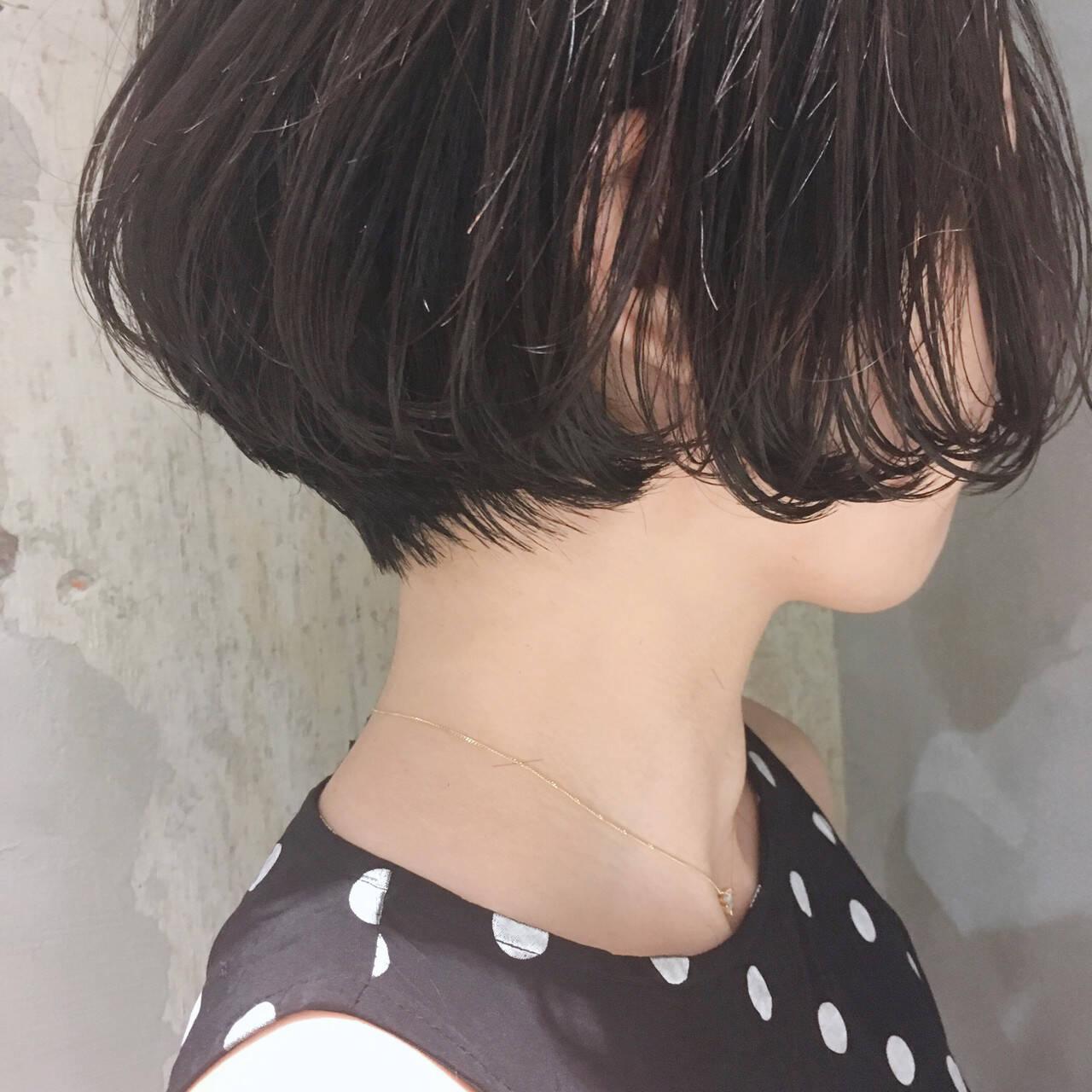 デジタルパーマ ハンサムショート アンニュイほつれヘア ショートボブヘアスタイルや髪型の写真・画像