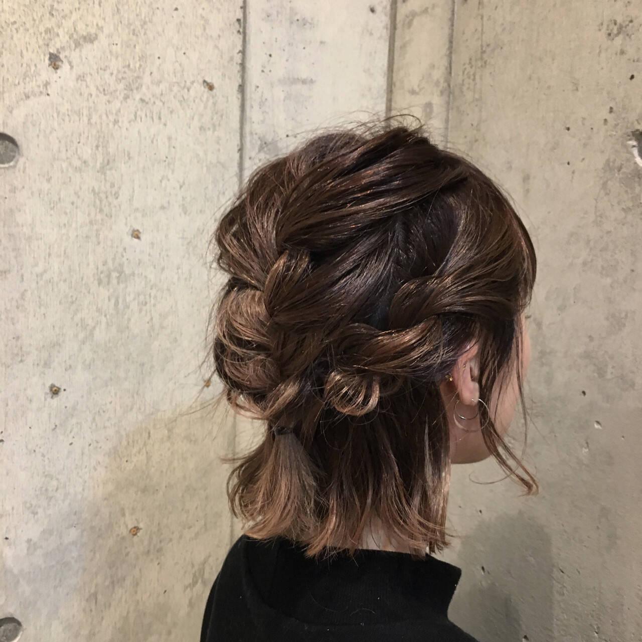デート ボブ ヘアアレンジ 編み込みヘアスタイルや髪型の写真・画像