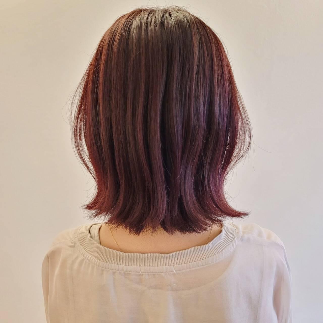 大人女子 ミディアム ピンク ラズベリーピンクヘアスタイルや髪型の写真・画像