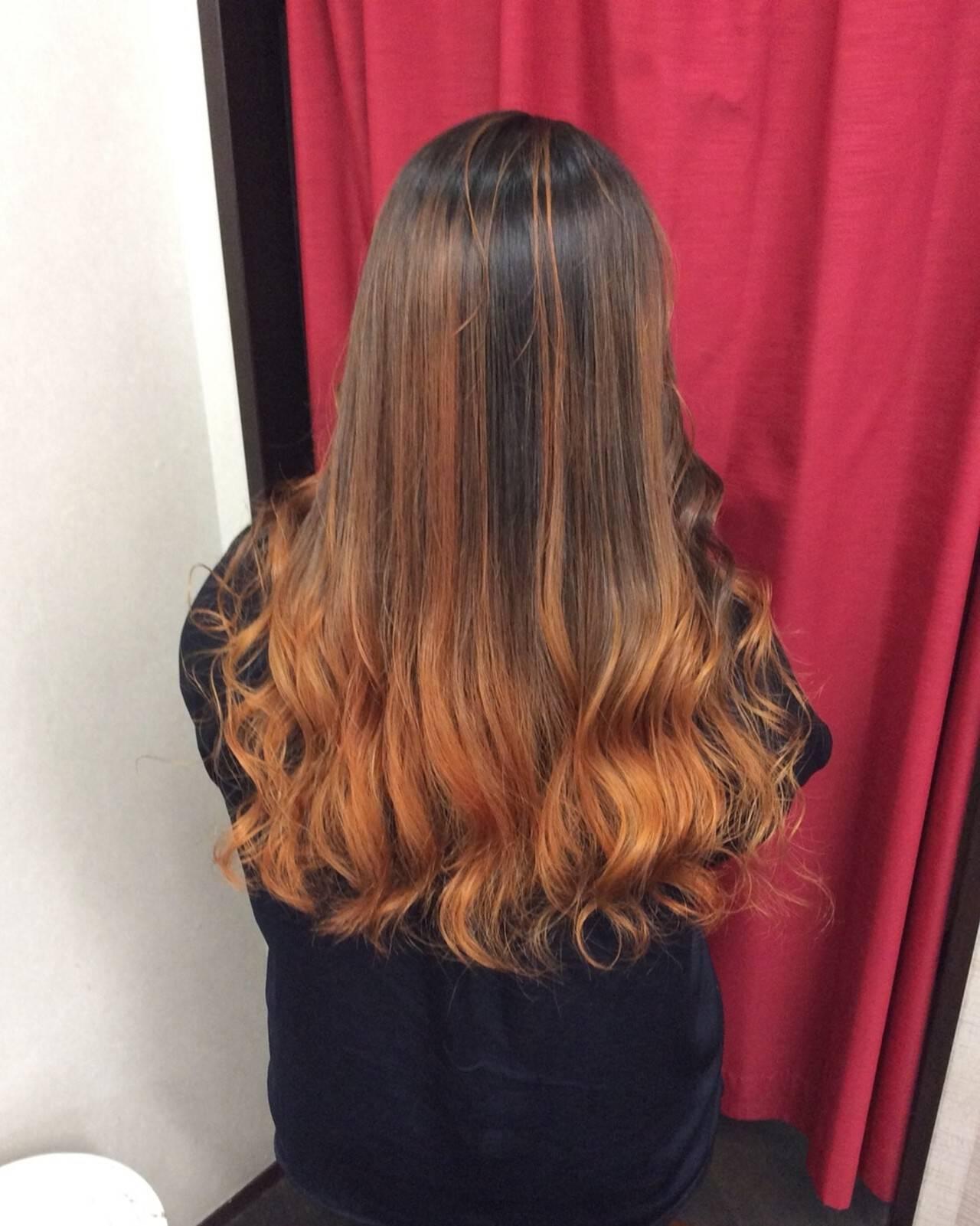 オレンジカラー グラデーションカラー ロング グラデーションヘアスタイルや髪型の写真・画像