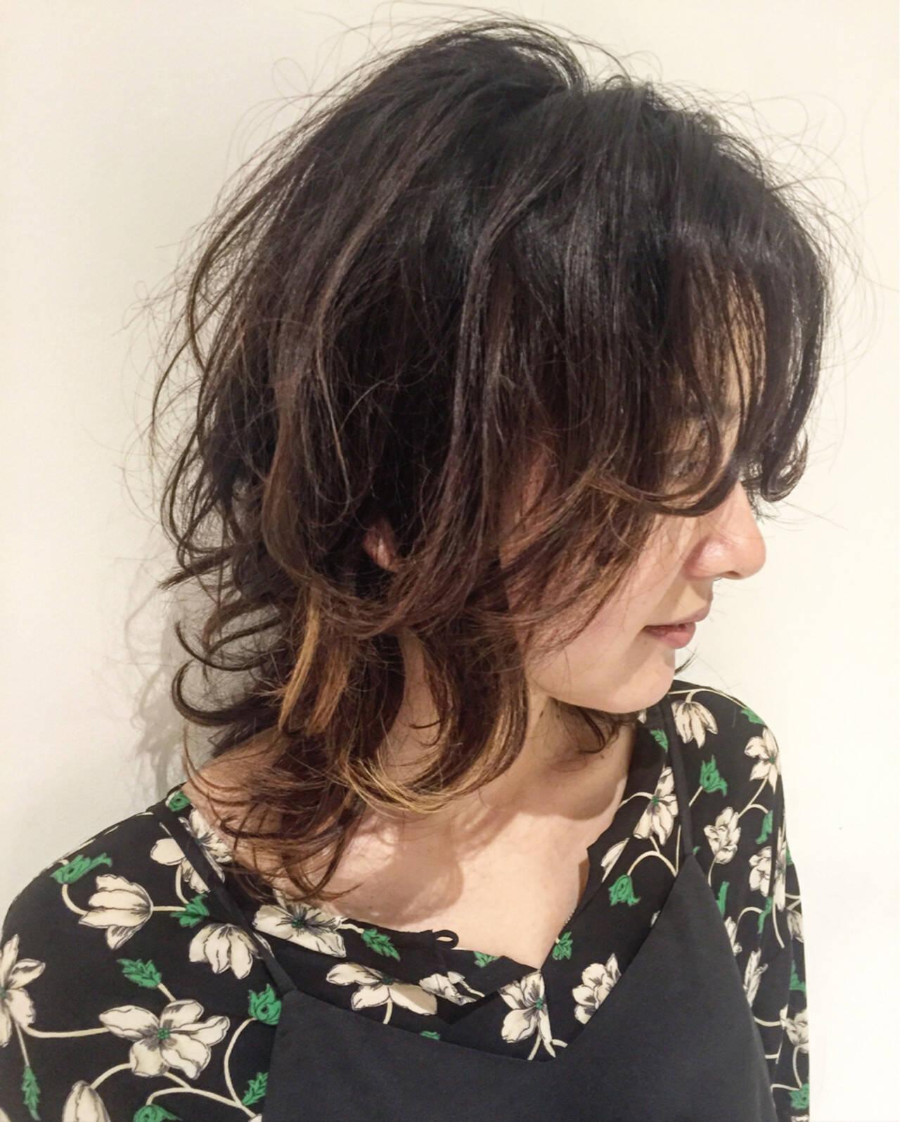グラデーションカラー パーマ セミロング 外国人風カラーヘアスタイルや髪型の写真・画像