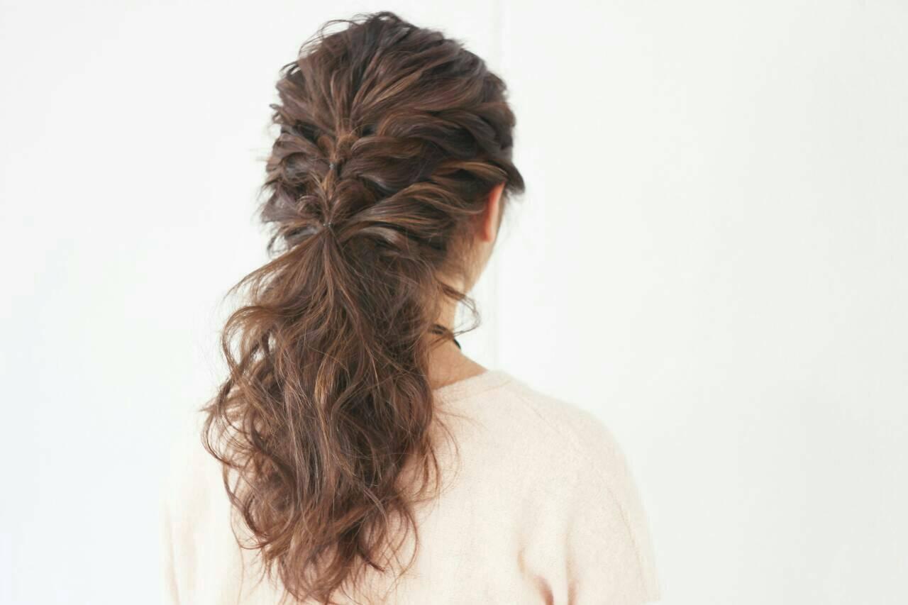 簡単ヘアアレンジ ショート フェミニン 上品ヘアスタイルや髪型の写真・画像