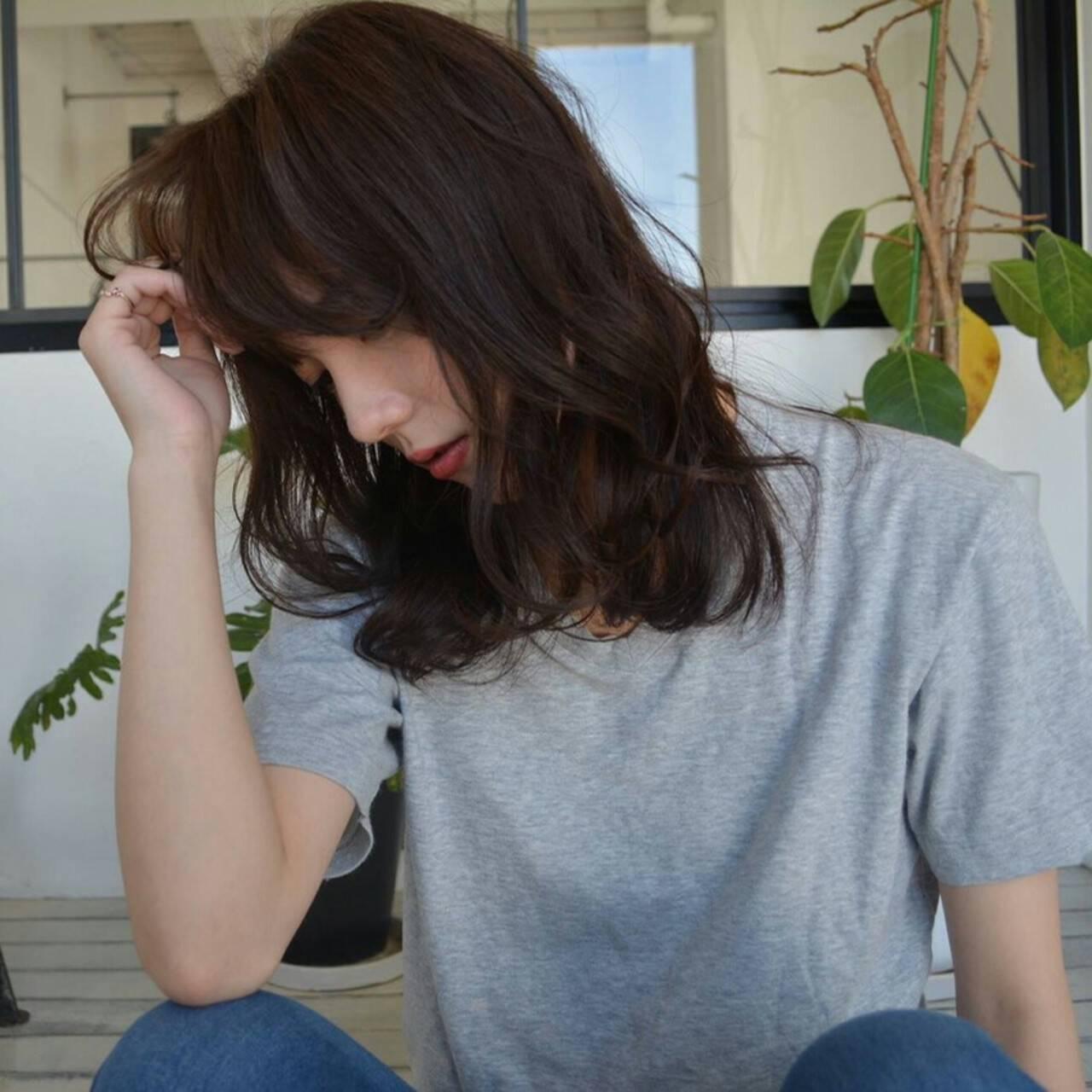 ミディアム 大人かわいい ゆるふわ ストリートヘアスタイルや髪型の写真・画像