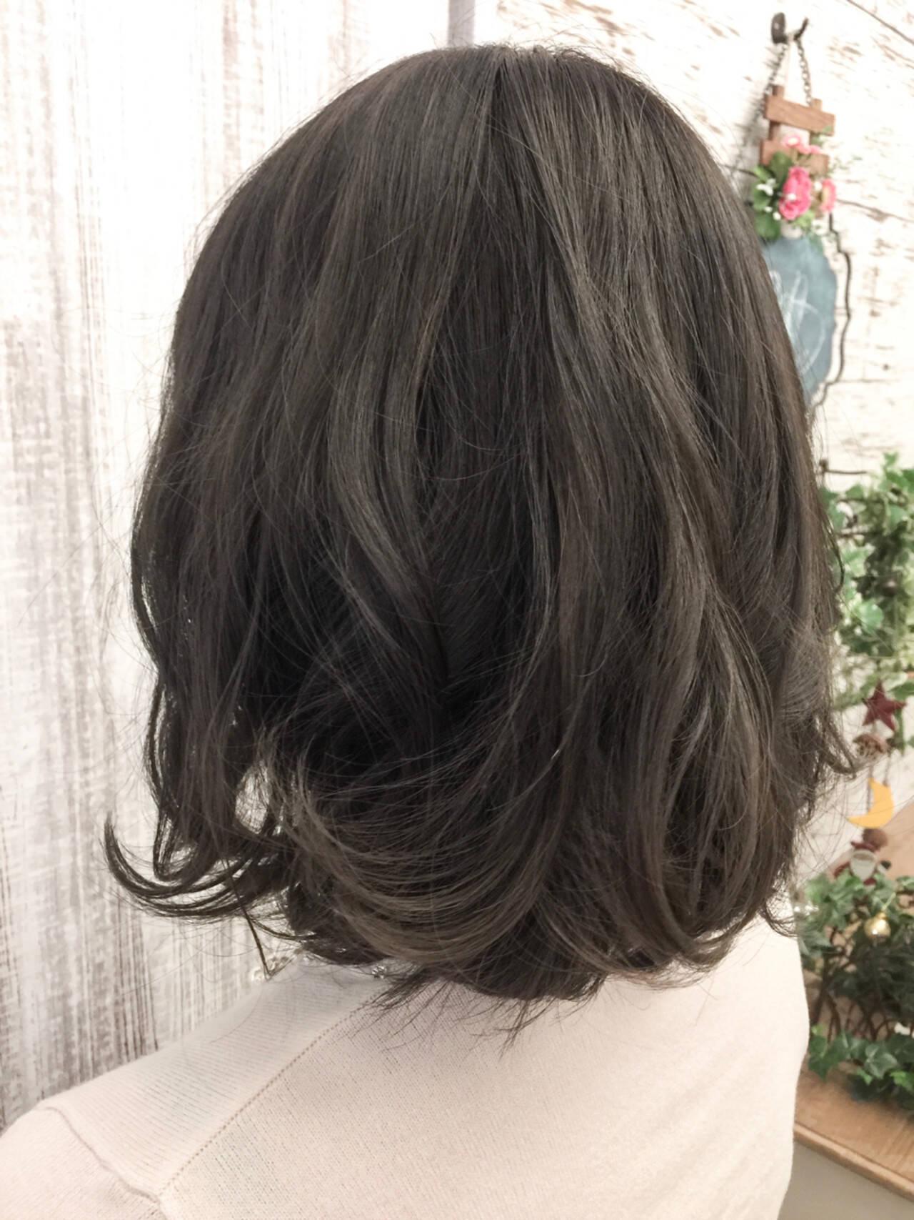 エレガント ヘアアレンジ セミロング 上品ヘアスタイルや髪型の写真・画像