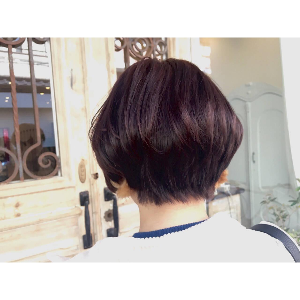 ショートボブ 秋 ナチュラル ピンクヘアスタイルや髪型の写真・画像