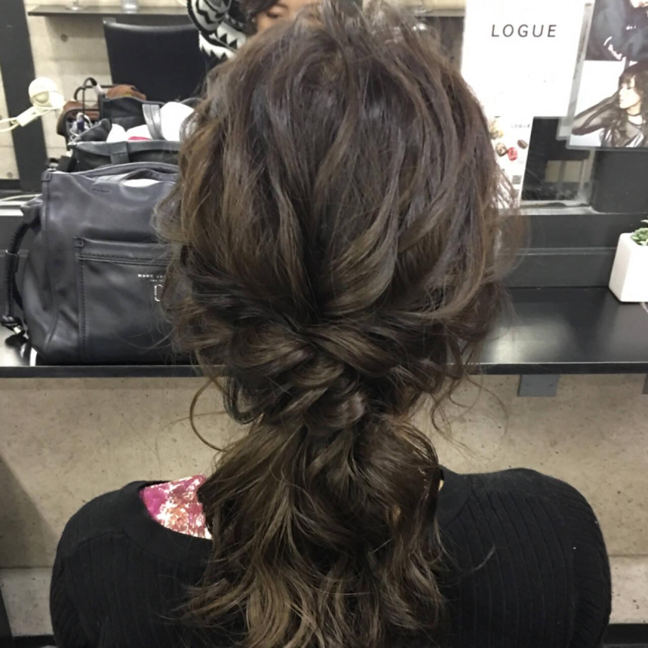 上品 編み込み セミロング ヘアアレンジヘアスタイルや髪型の写真・画像