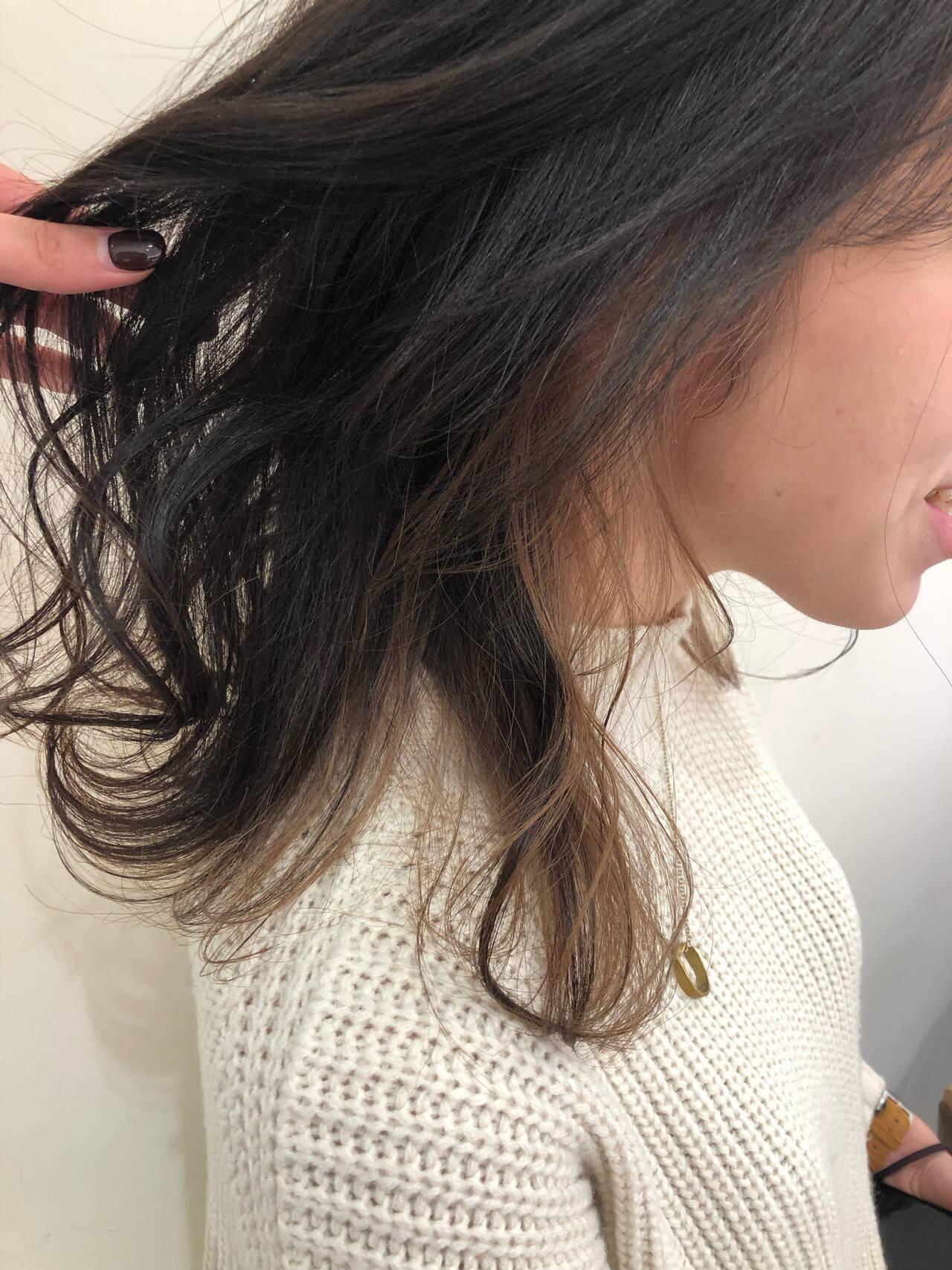 ナチュラル 透明感カラー ミディアム インナーカラーヘアスタイルや髪型の写真・画像