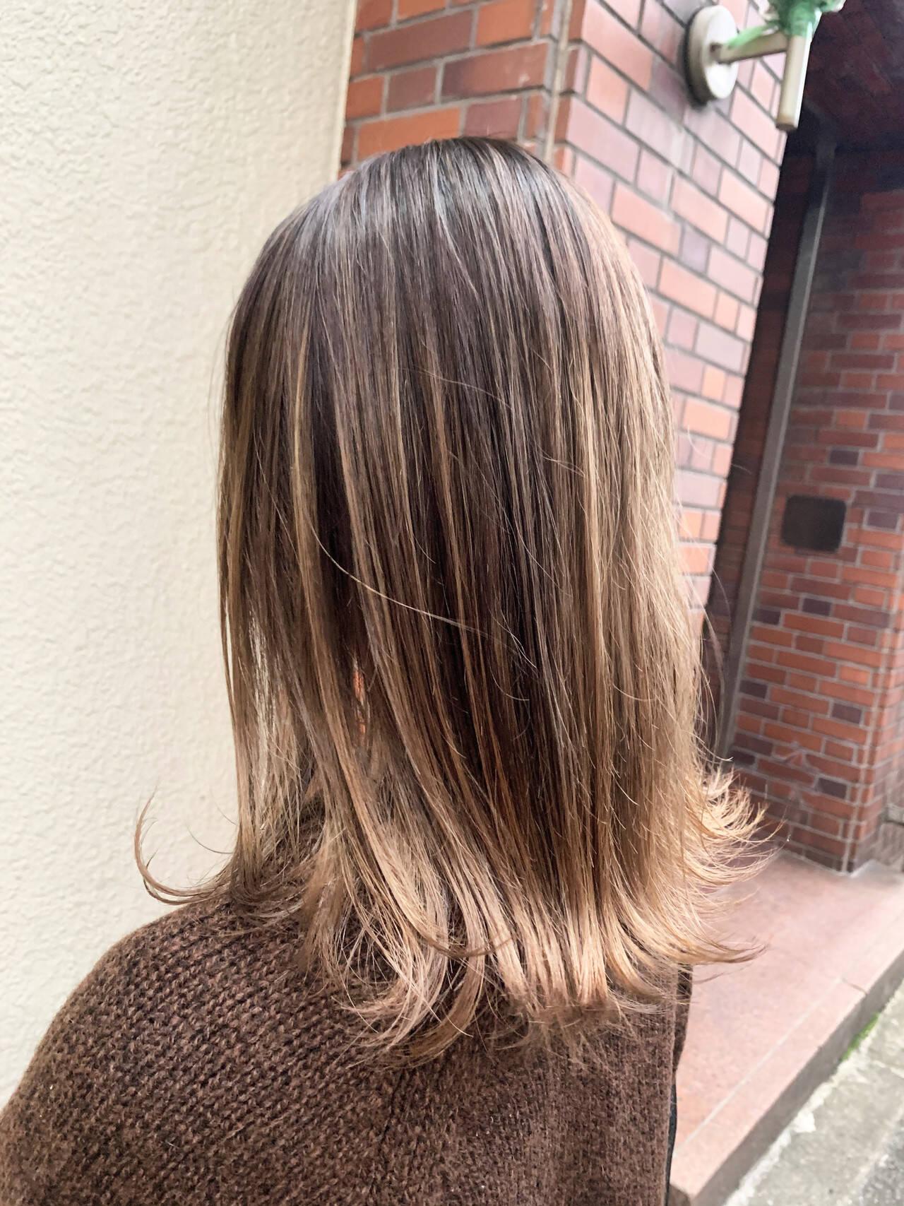 グラデーションカラー ミディアム ストリート バレイヤージュヘアスタイルや髪型の写真・画像