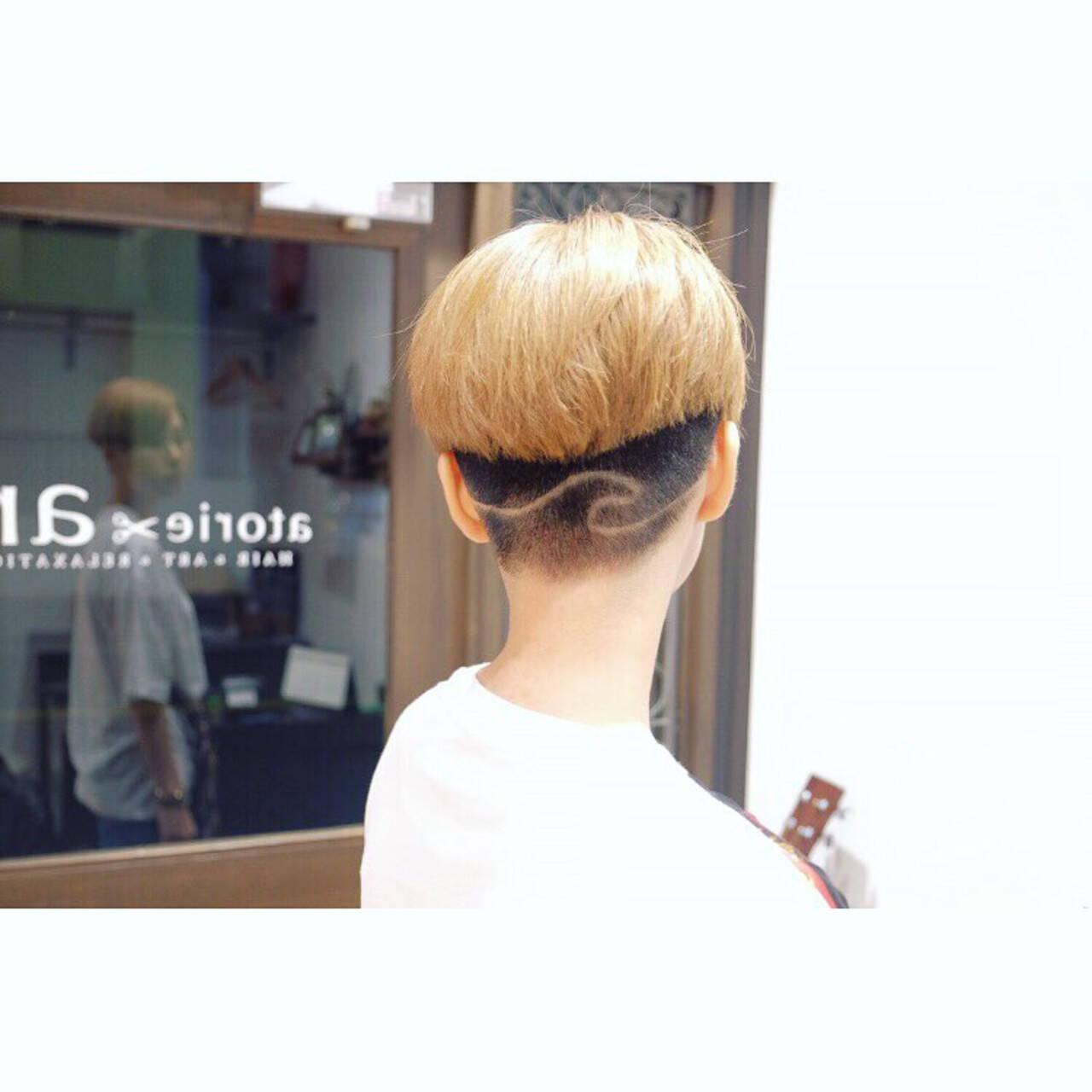 ショート デザイン モード ブリーチカラーヘアスタイルや髪型の写真・画像